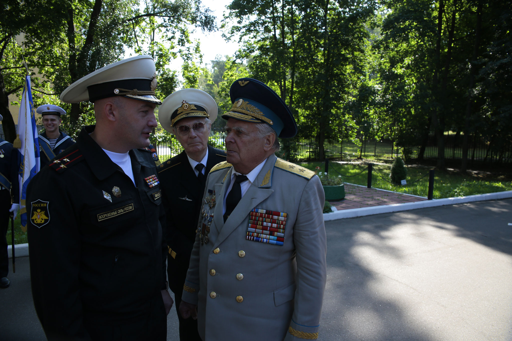 "V. Kiknadze: Cadet boarding school ""Navigatskaya school"", Knowledge Day. Among the guests cadet - Lieutenant-General A. Osipenko. and Vice-Admiral Kaisin Yu.A. September 1, 2017"