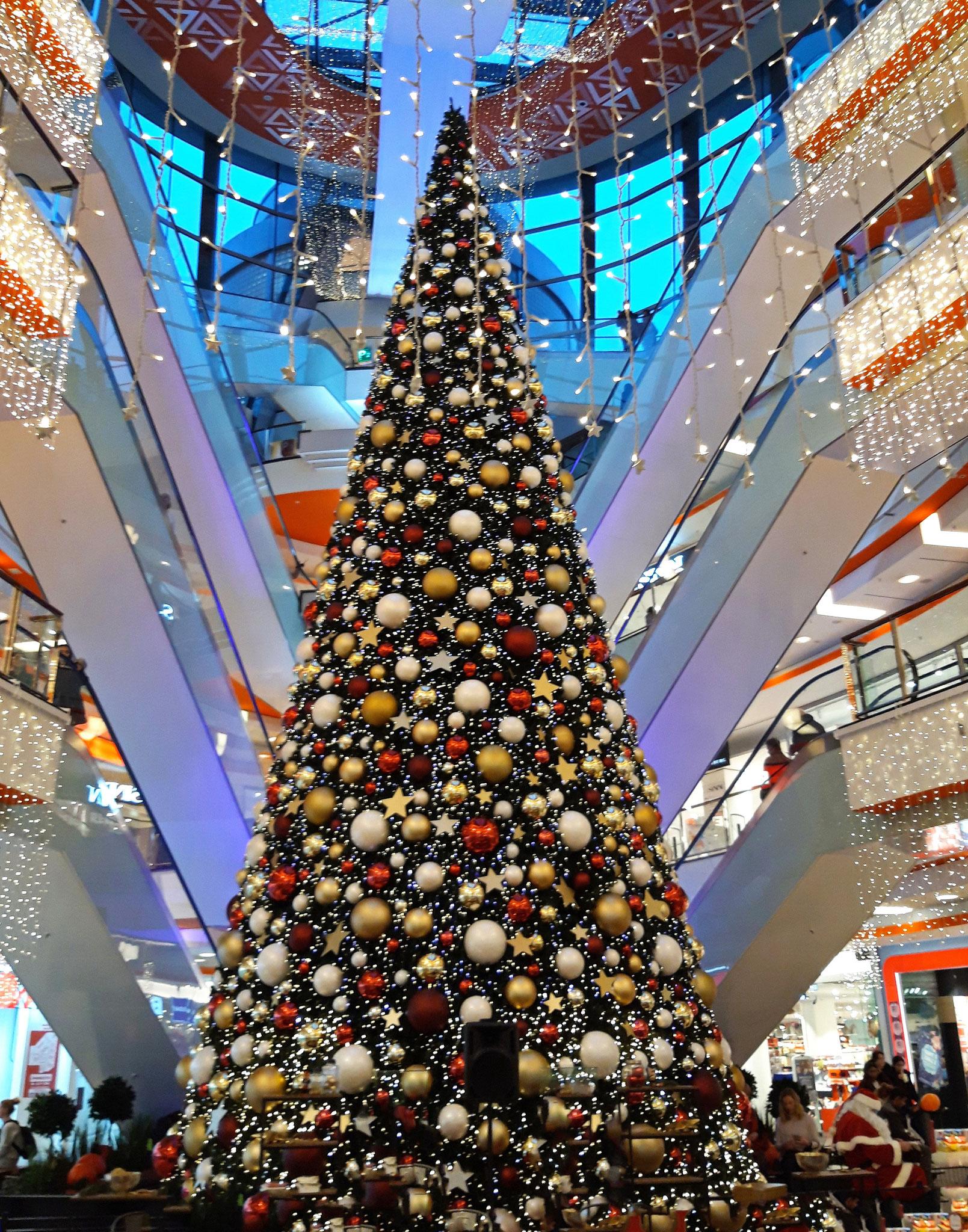 Weihnachten im Phoenixcenter Harburg - Foto: Hans Dieckmeyer