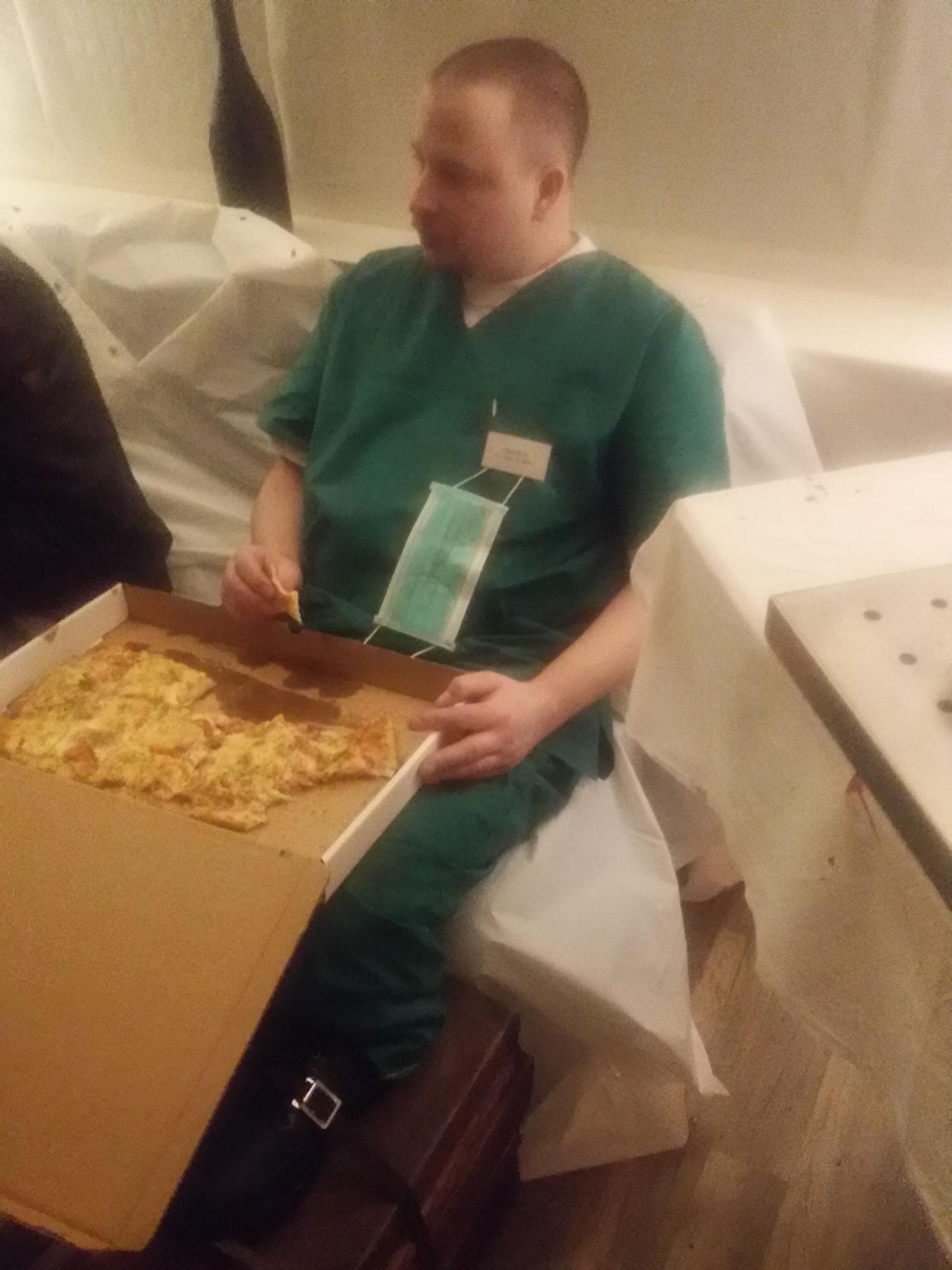 Familienpizza für Kai...