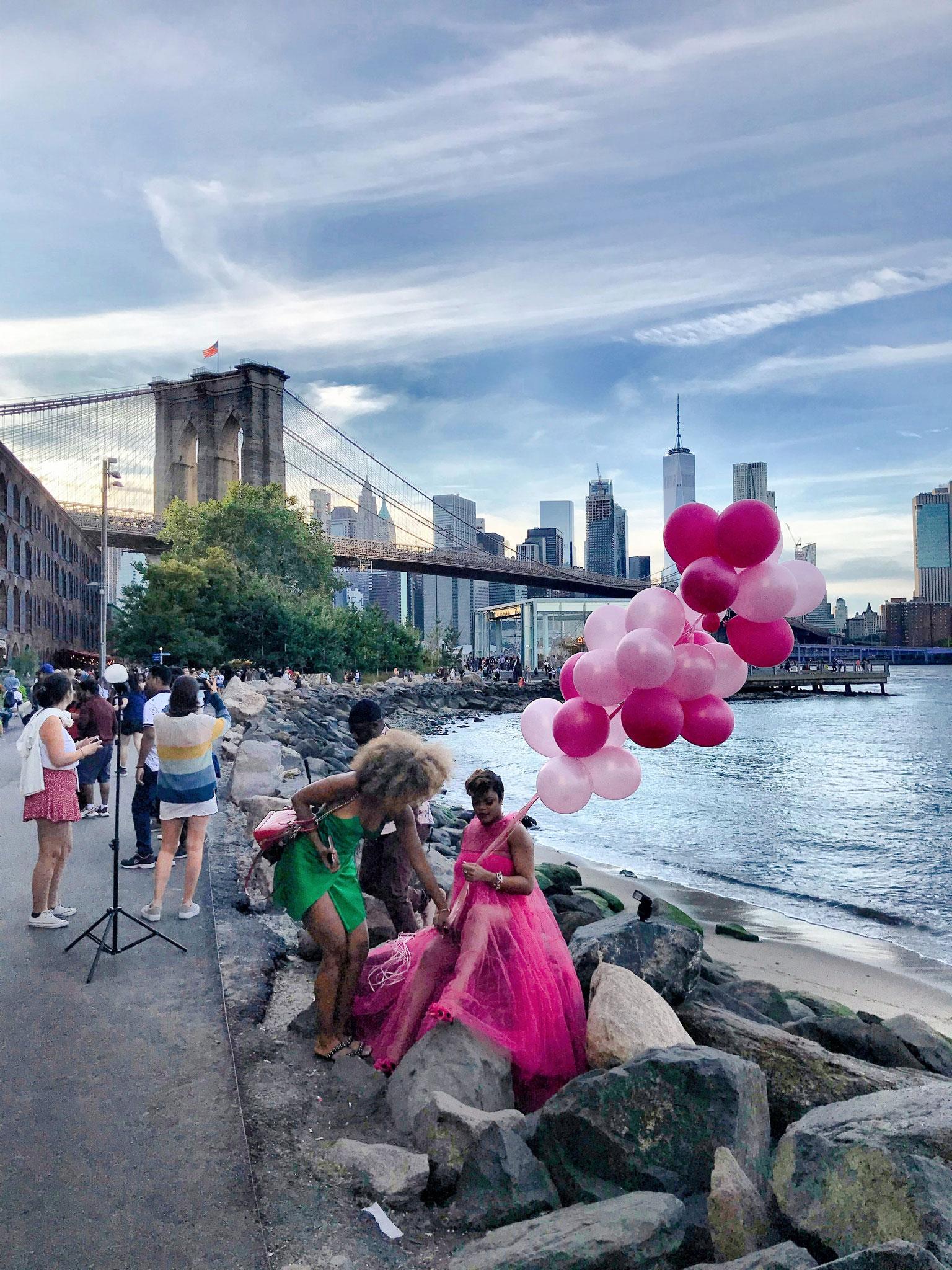 DUMBO mit der Brooklyn Bridge im Hintergrund