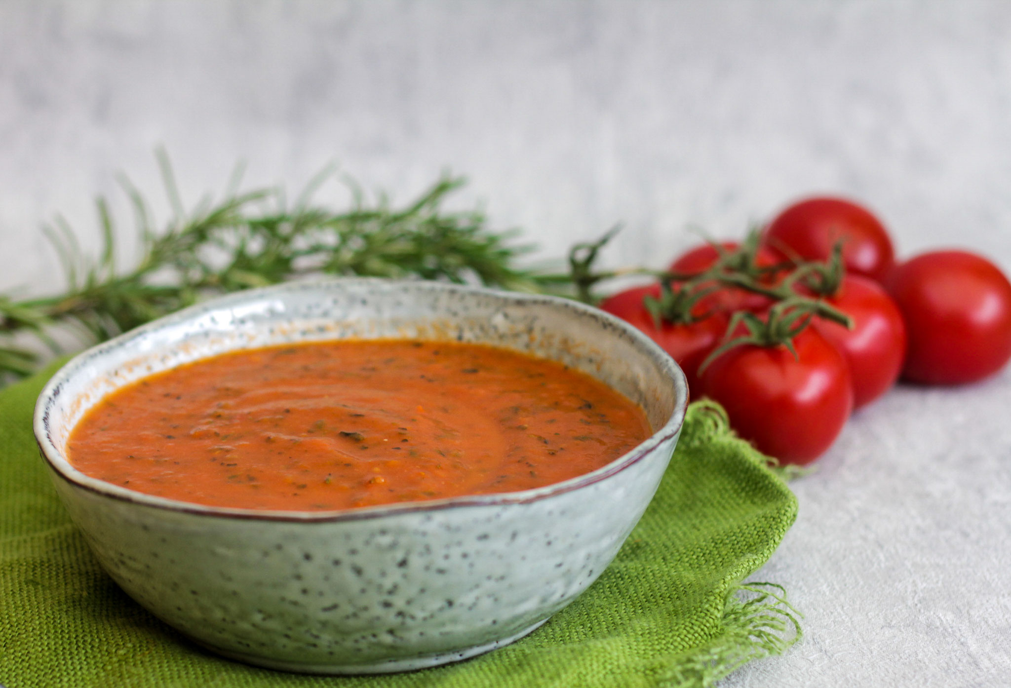 Ofengeröstete Tomatensuppe