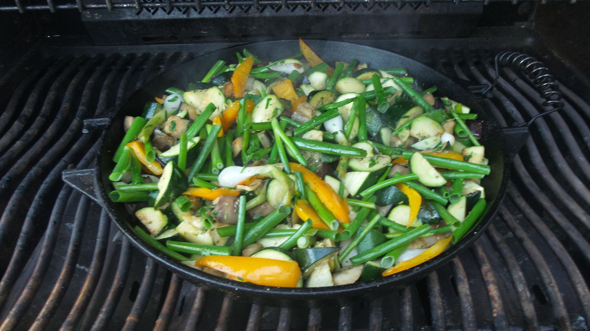 Gemüsepfanne Grill ale-x-bbq