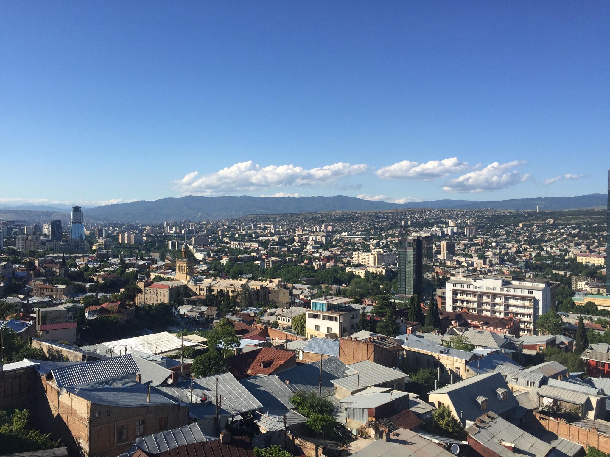 Blick auf Tiflis / Tbilissi