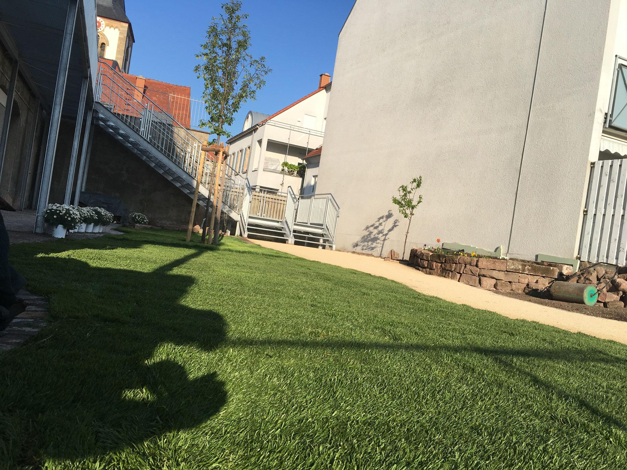 Der Garten ist (fast) fertig.