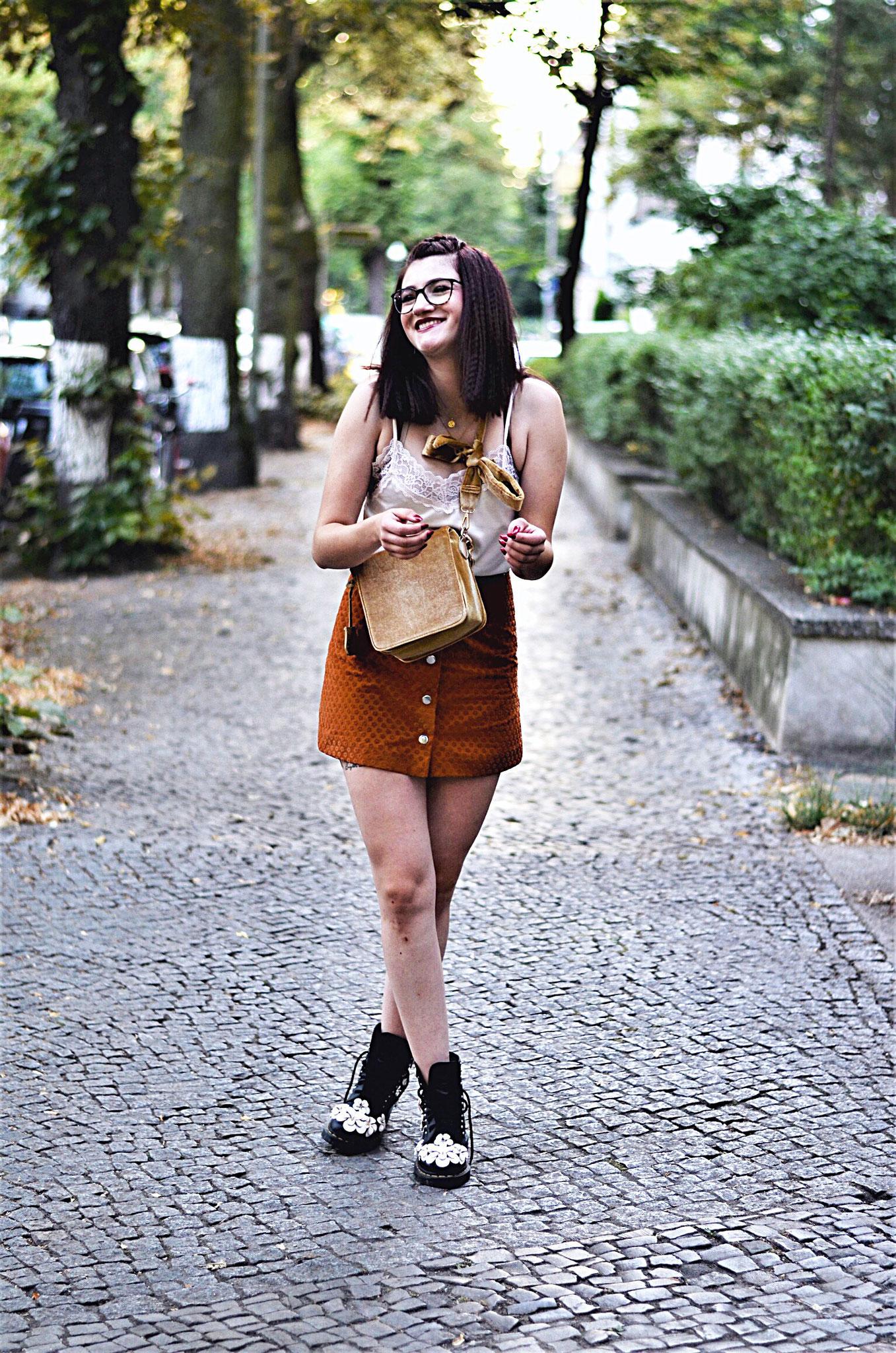 Outfit 4: Rebekka Karuetz Show, VIP-Lounge und Panorama Berlin