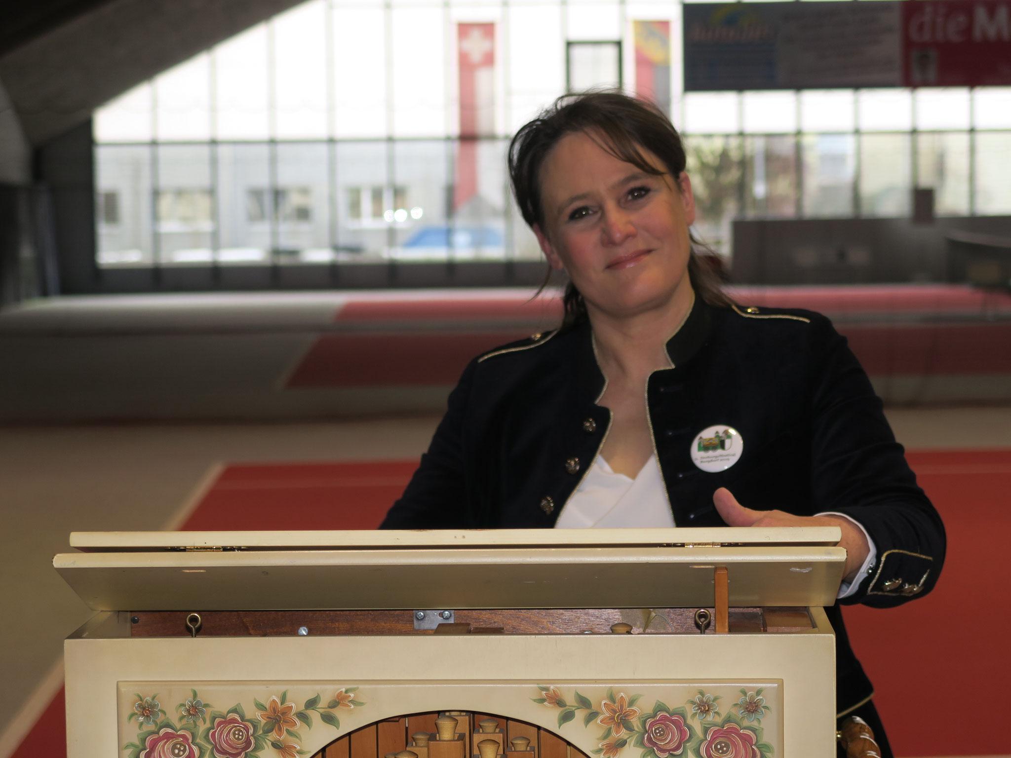 Friedlinde Engeser-Raffin eine begnadete Notenband-Arrangeurin.