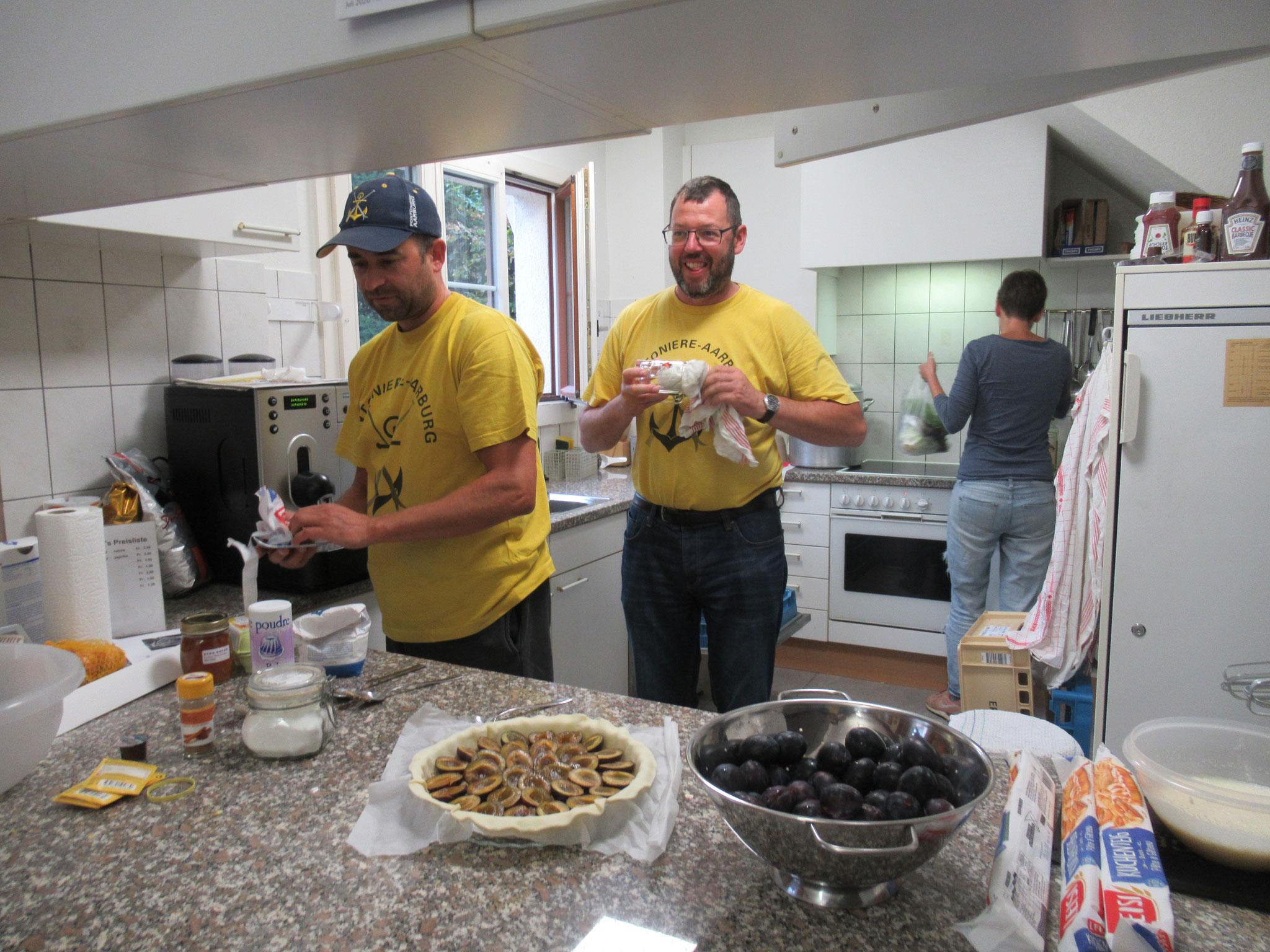 Das Küchenpersonal Maik und Beat
