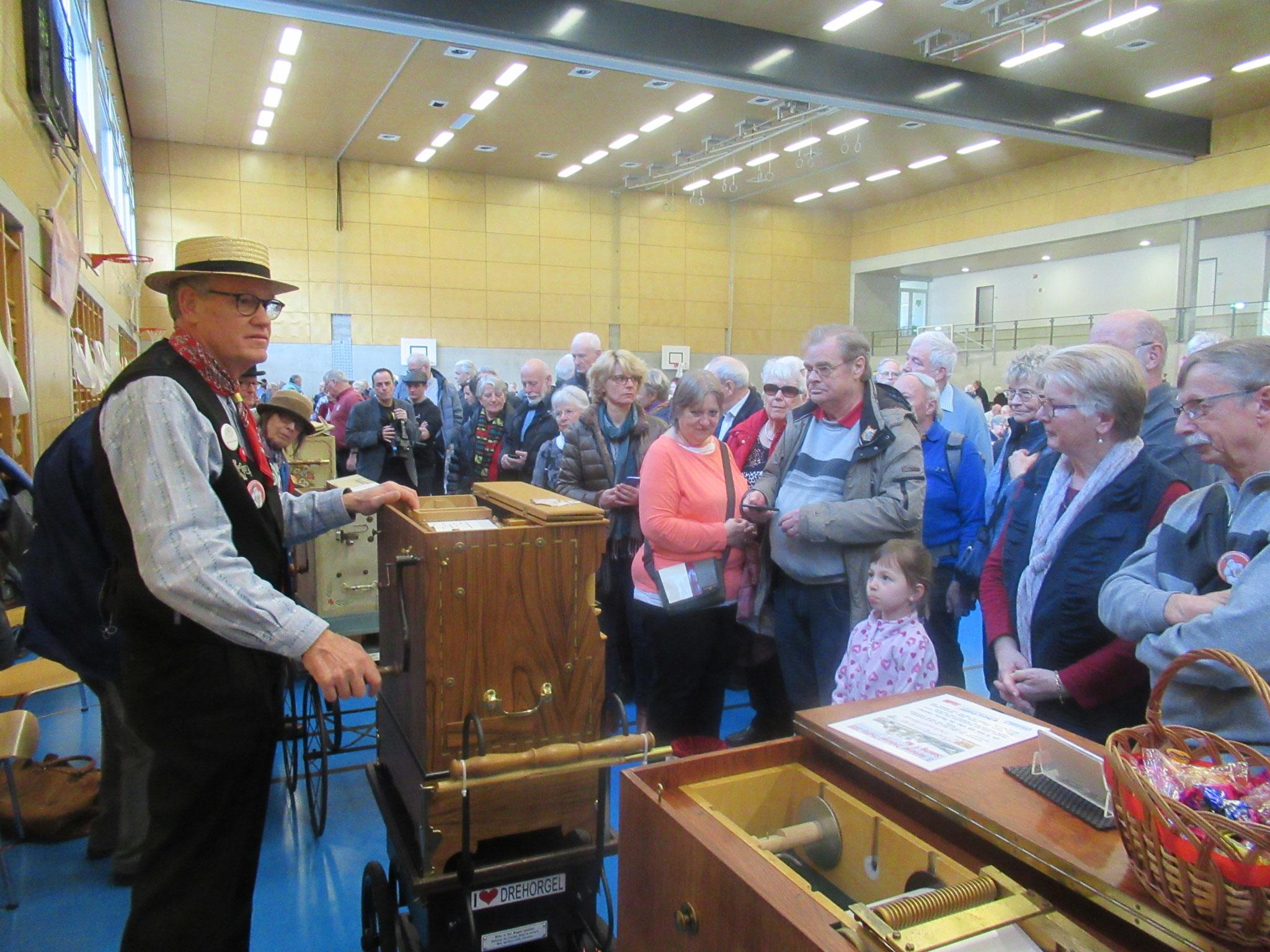Bernhard Sieber aus Wittinsburg freut sich am grossen Publikumsaufmarsch