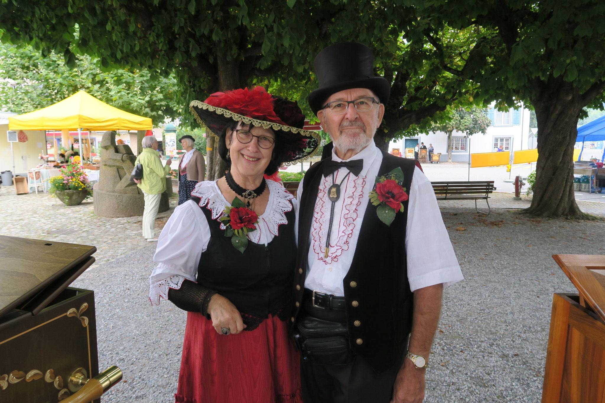 Die Organisatoren: Georg und Therese Dietschi