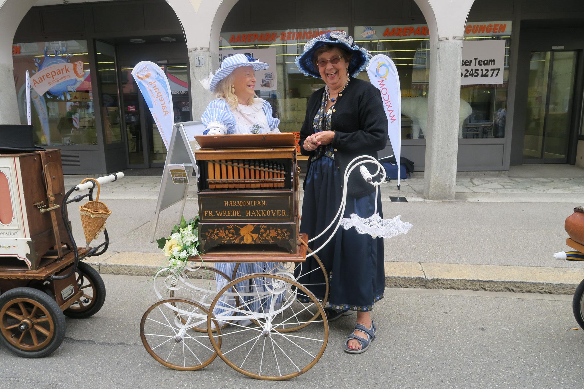 Evelyne Ginesta aus Männedorf und Brigitte Meier aus Birmensdorf