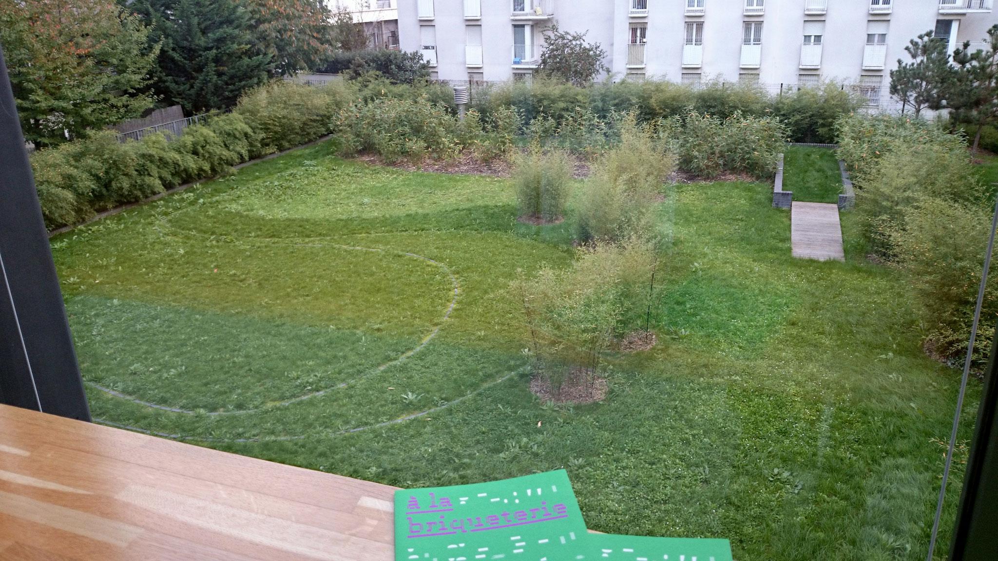 la Briqueterie / côté sud : le jardin des danseurs, la structure du jardin comme base chorégraphique /  © in-folio paysagistes