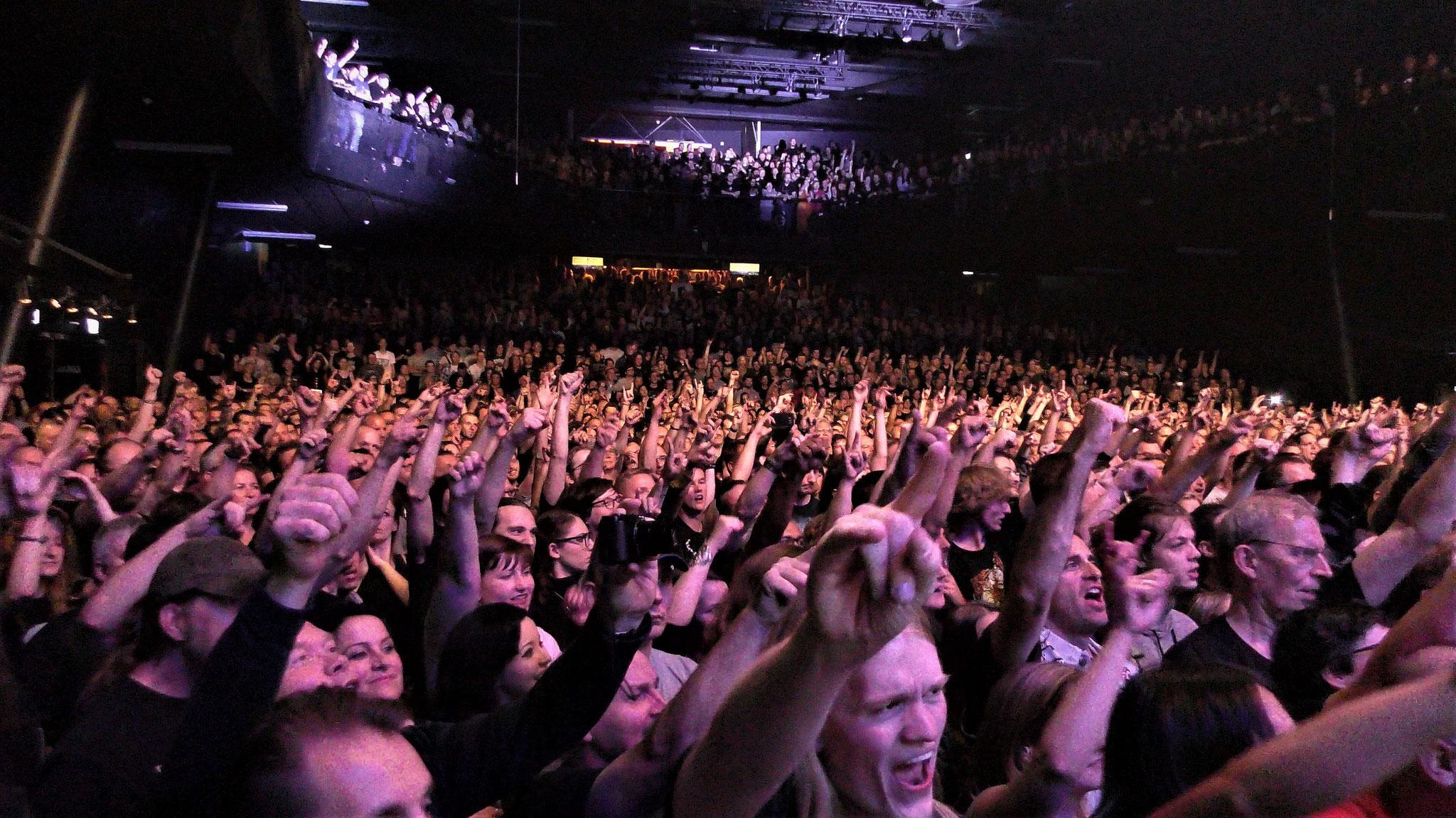 Ayreon Universe 013 audience