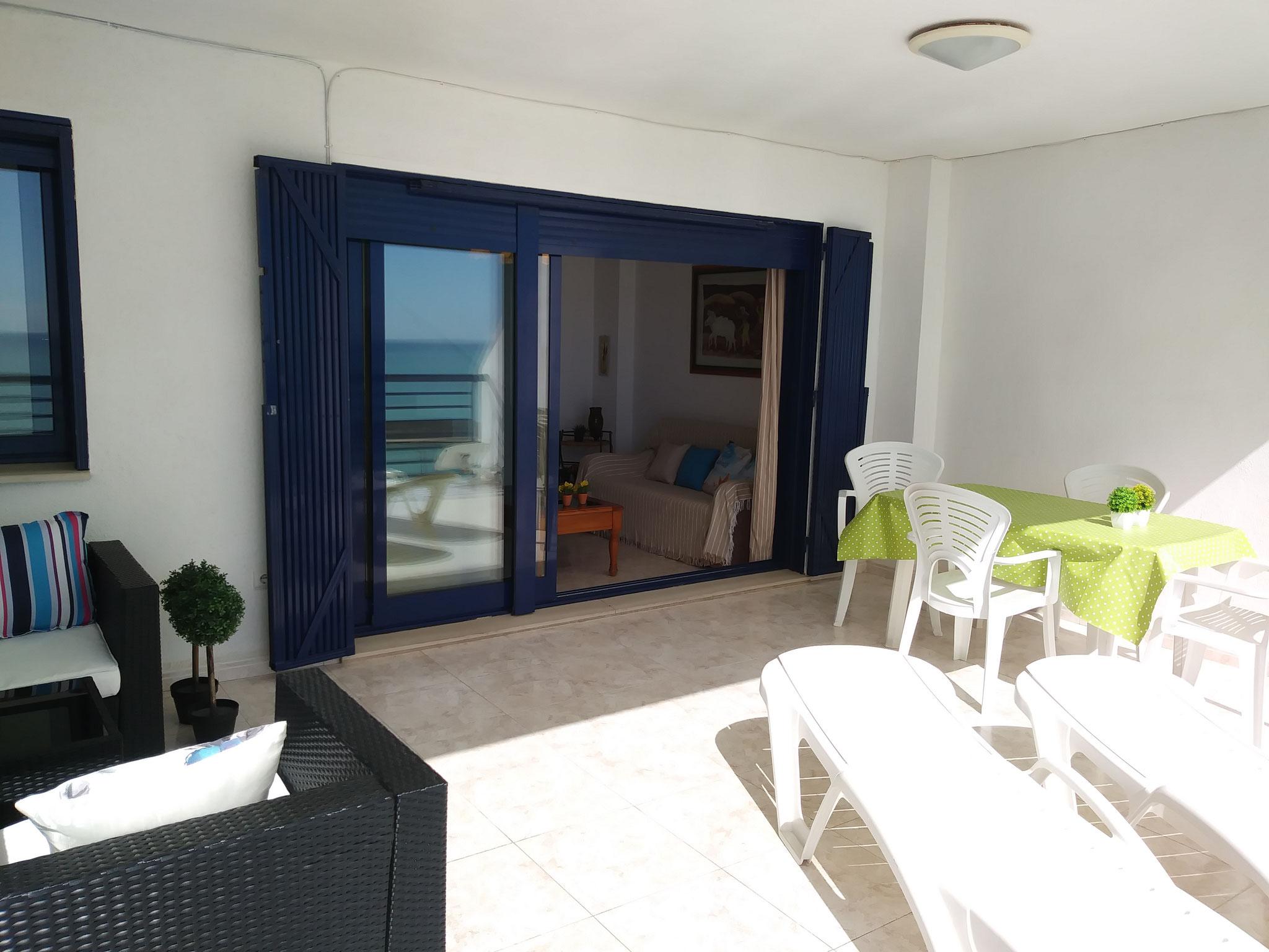 www.adapeniscola-apartamentos.com
