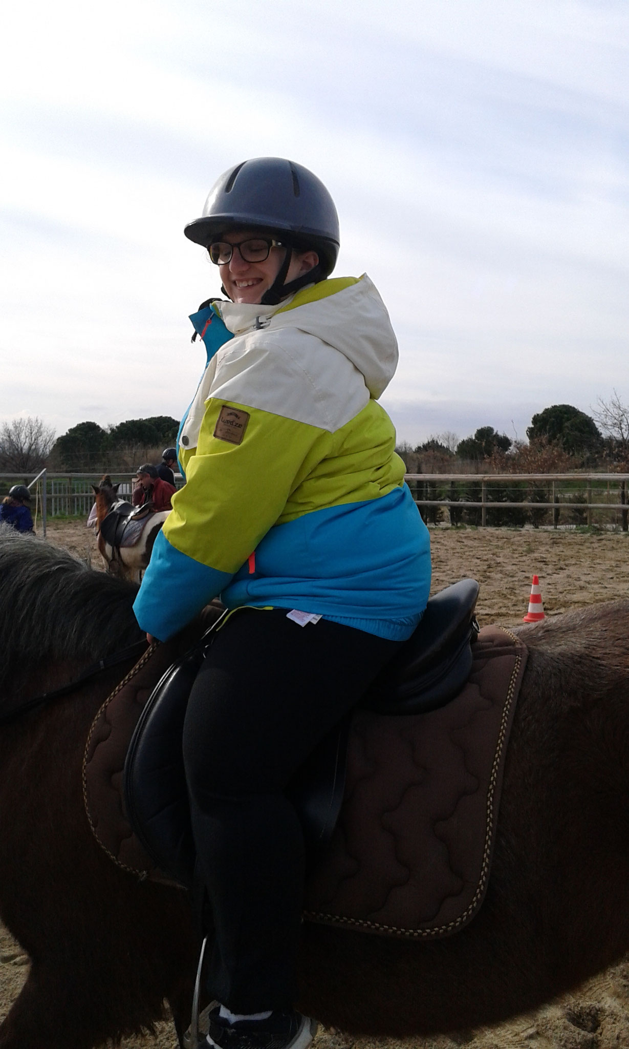 """Après midi ,initiation à l'équitation """"offerte par le comité des PO """""""