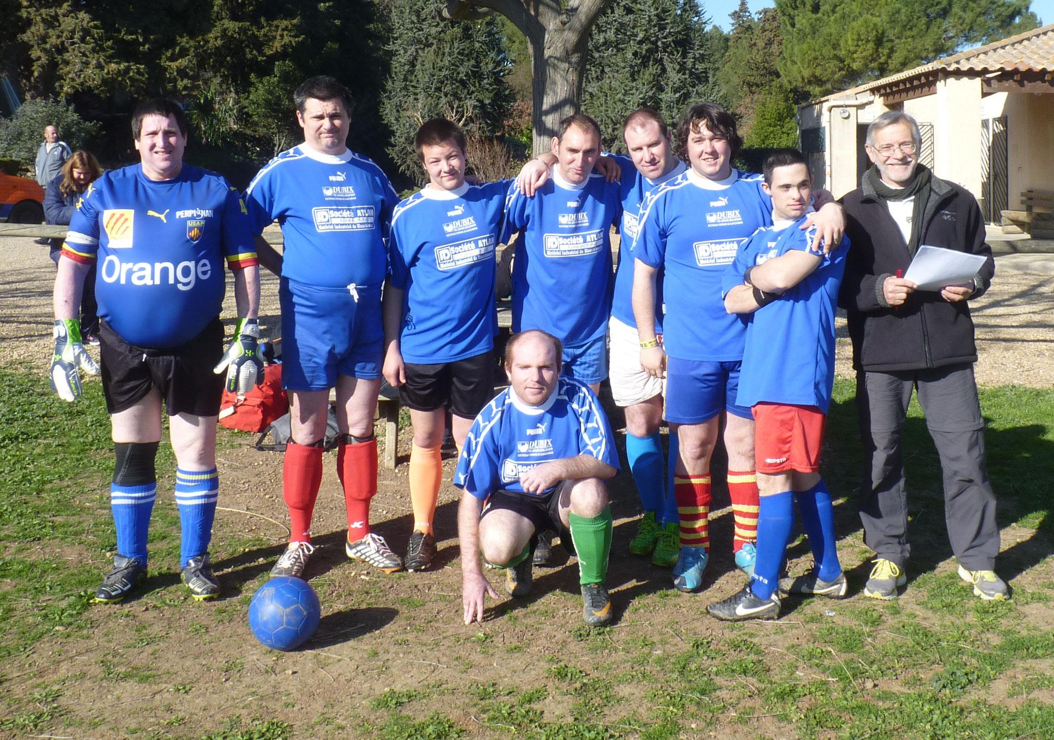 L'équipe de foot avec Daniel.