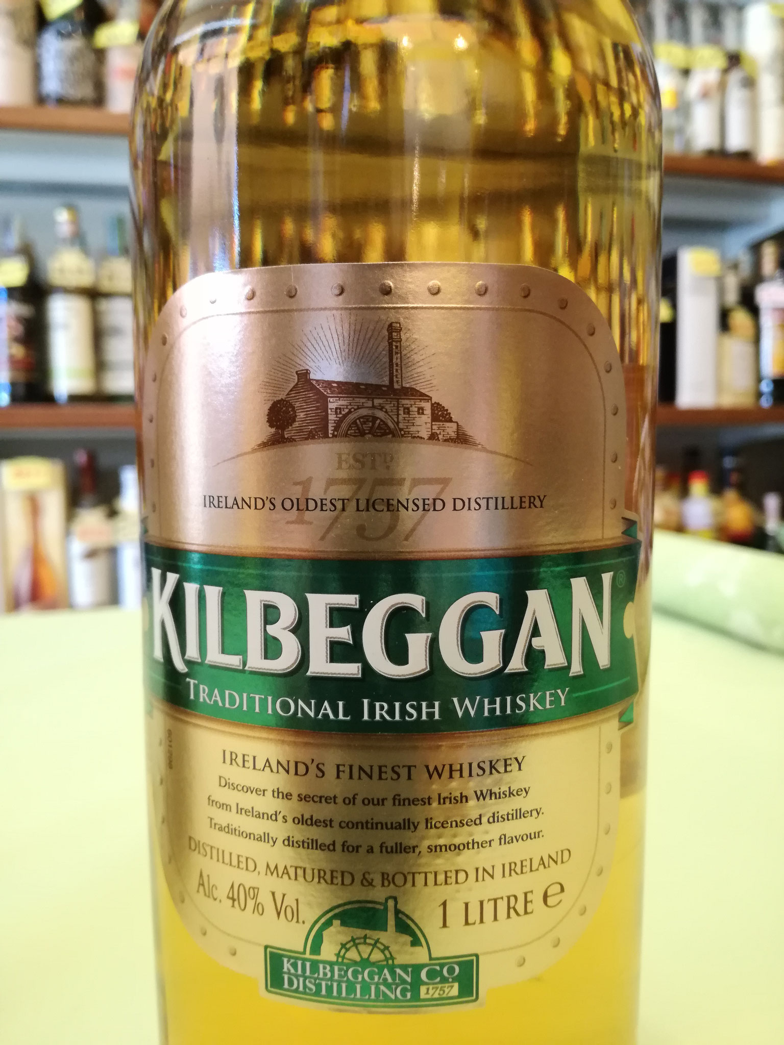 Kilbeggan Blended Irish Whiskey  40% 1l - Double Distilled , aged  in Fresh Bourbon Casks