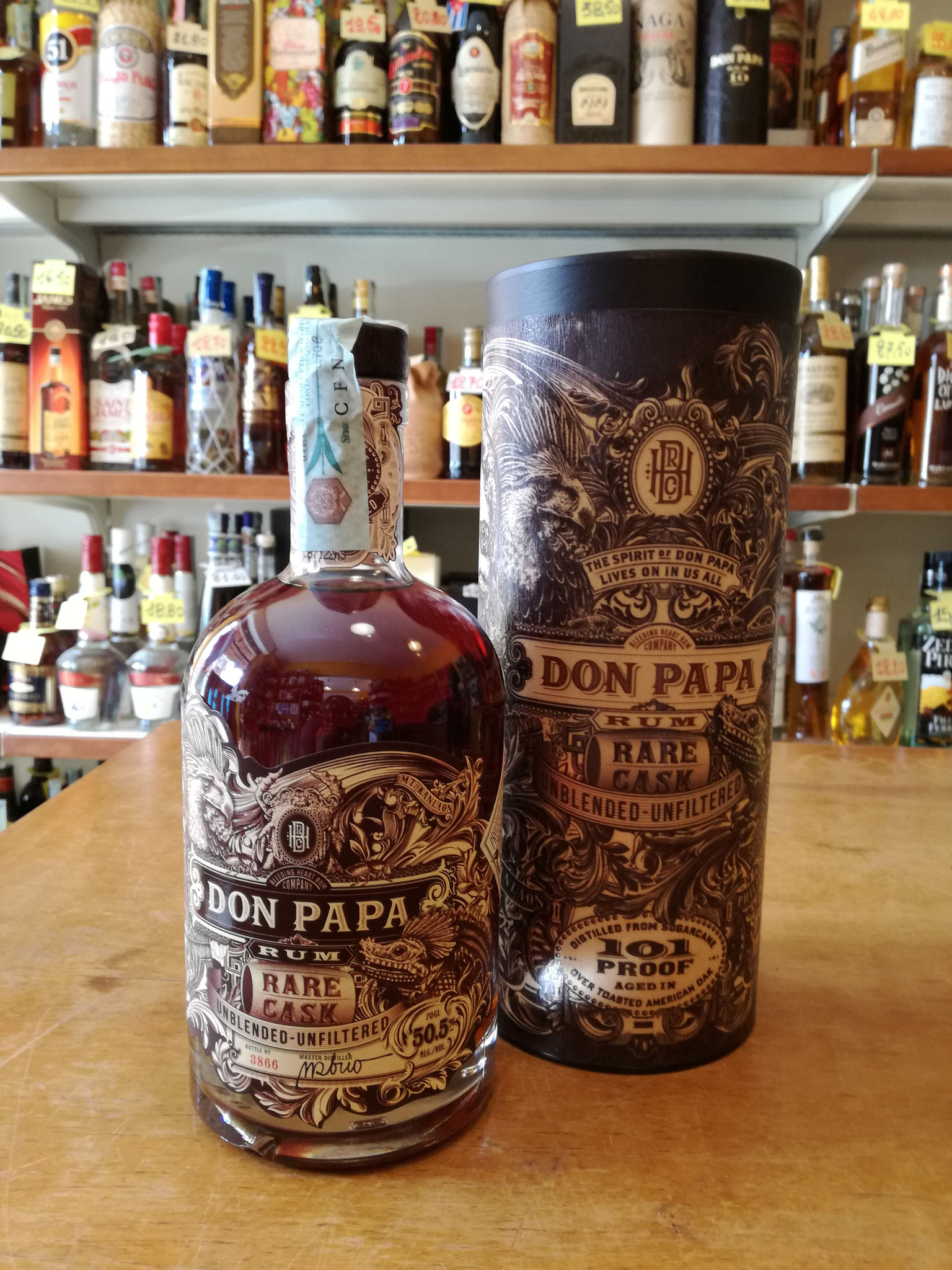 Don Papa Rare Cask limited edition - Unfiltered , Unblended , 50,5%