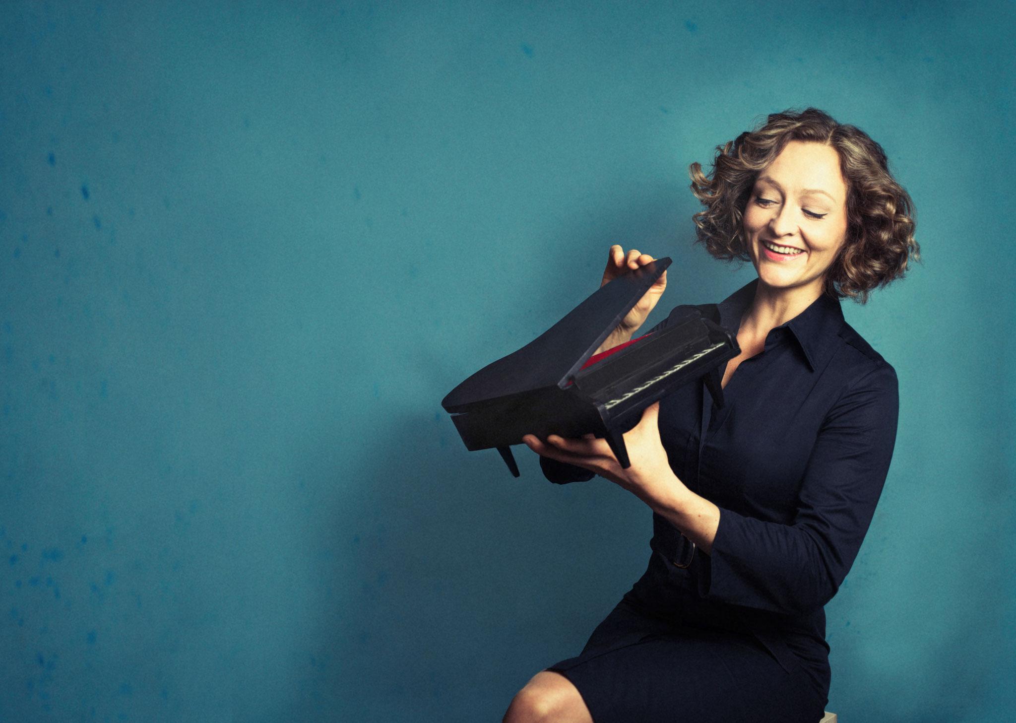 Anne Folger, Klavierkabarett