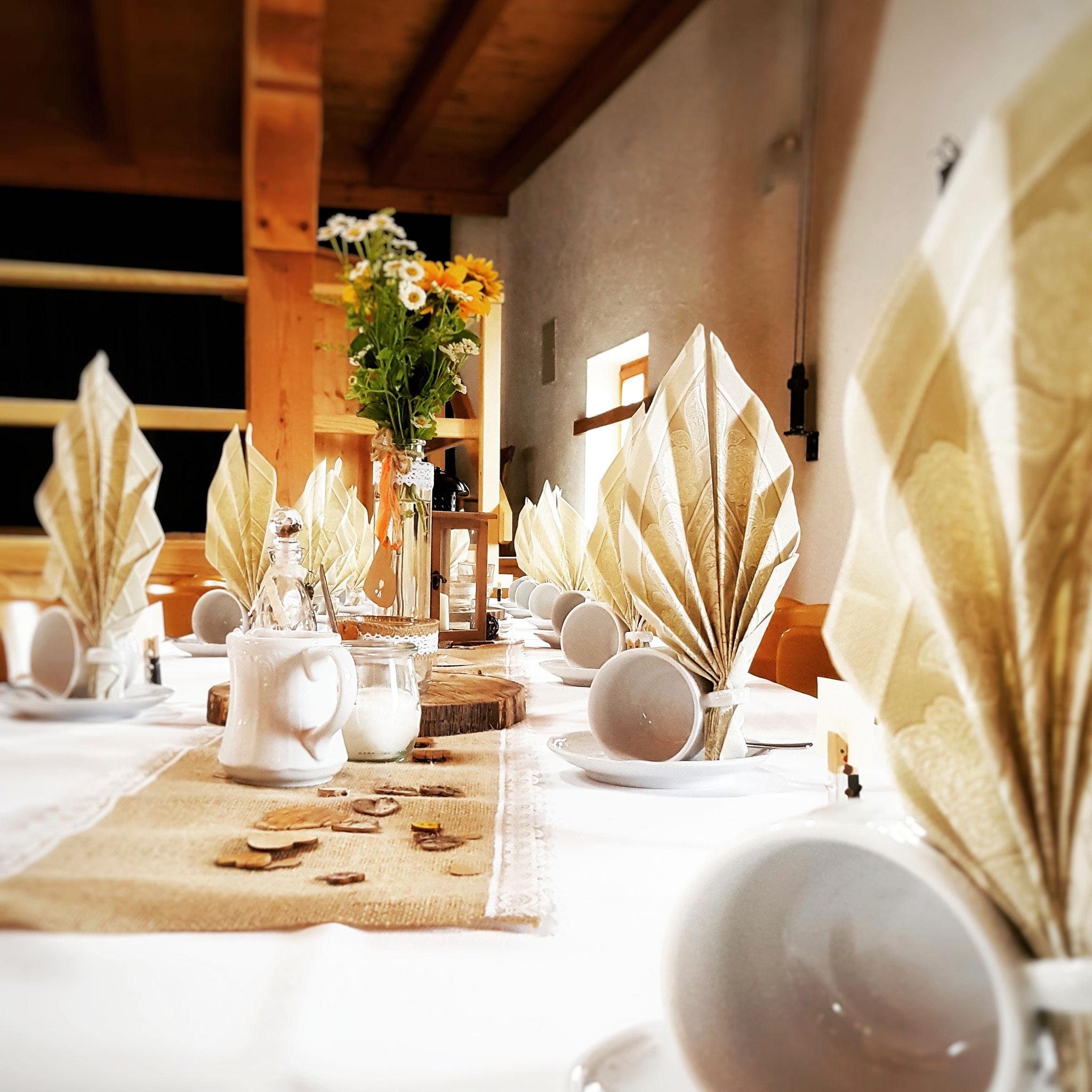 Wunderschöne Tischdeko im Trachtenheim Irschenberg