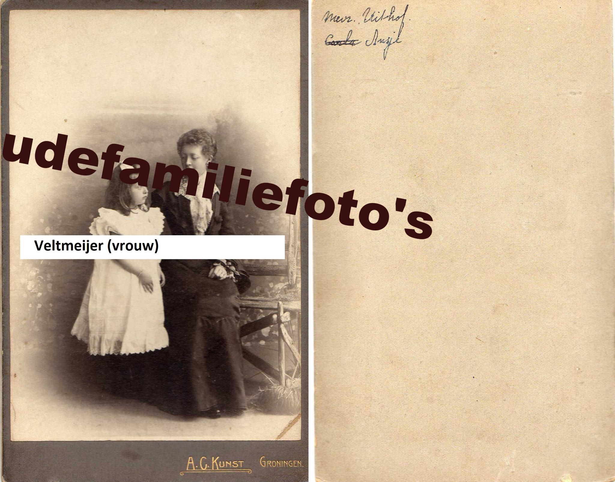 Veltmeijer, Johanna Everdina. (vrouw) geb: 12-8-1871 Rotterdam ovl: 27-11-1931. gehuwd met Carel Johan Uithof. € 4,00