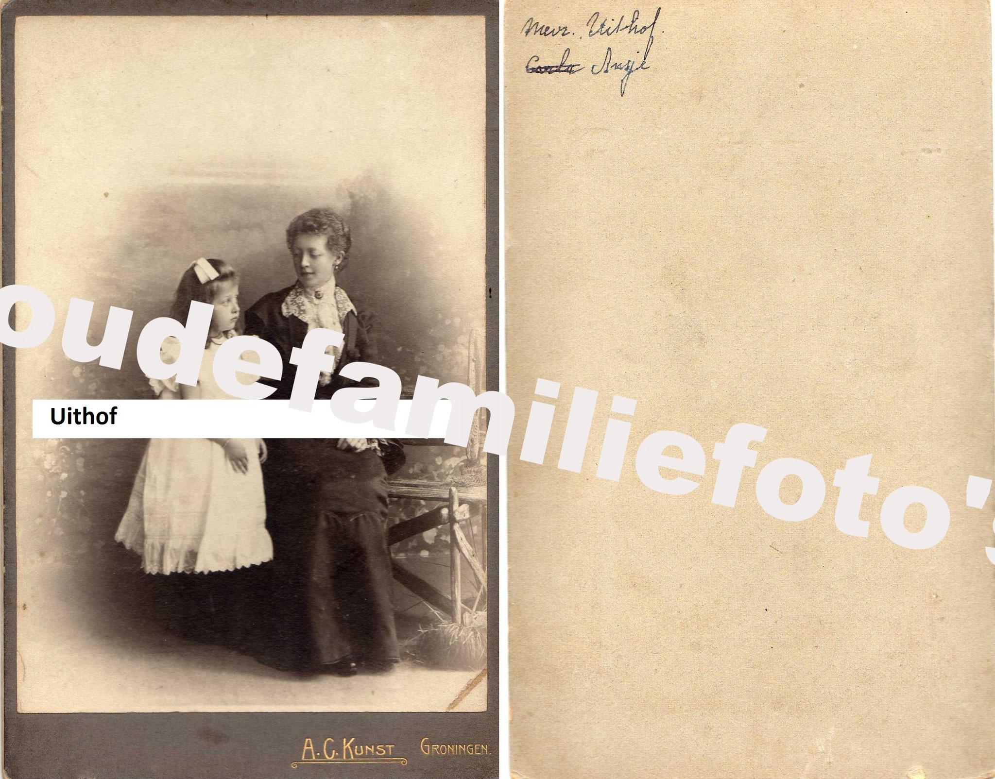 Uithof,  Johanna Henriette. (kind) geb: 27-07-1895 Groningen. Ouders Carel Johan en Johanna Everdina Veltmeijer. € 4,00