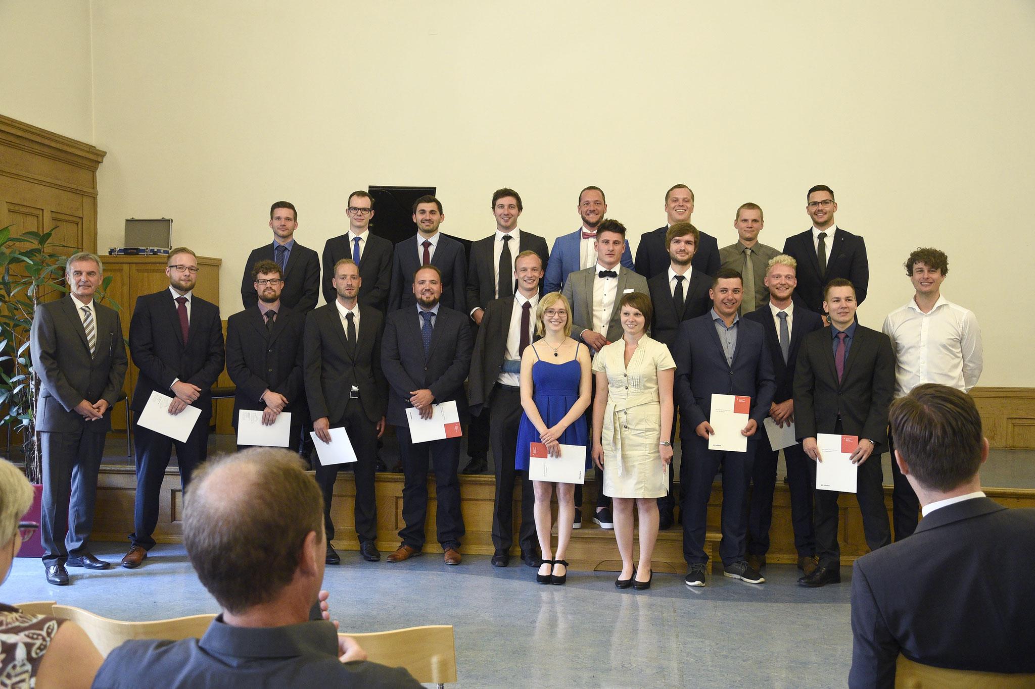 Abschlussklasse der Papiertechniker 2017