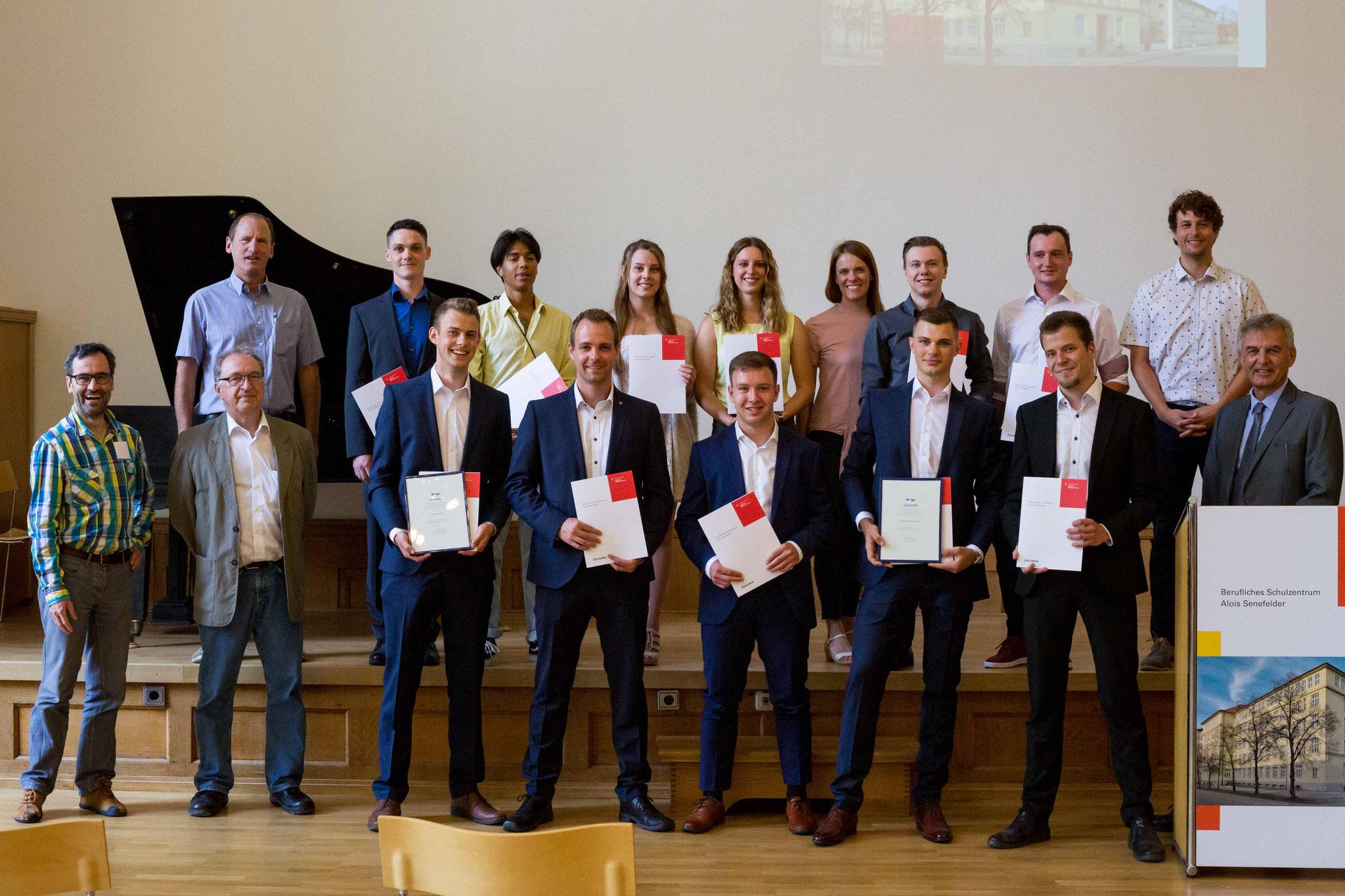 Abschlussklasse der Druck- und Medientechniker und Papiertechniker 2020