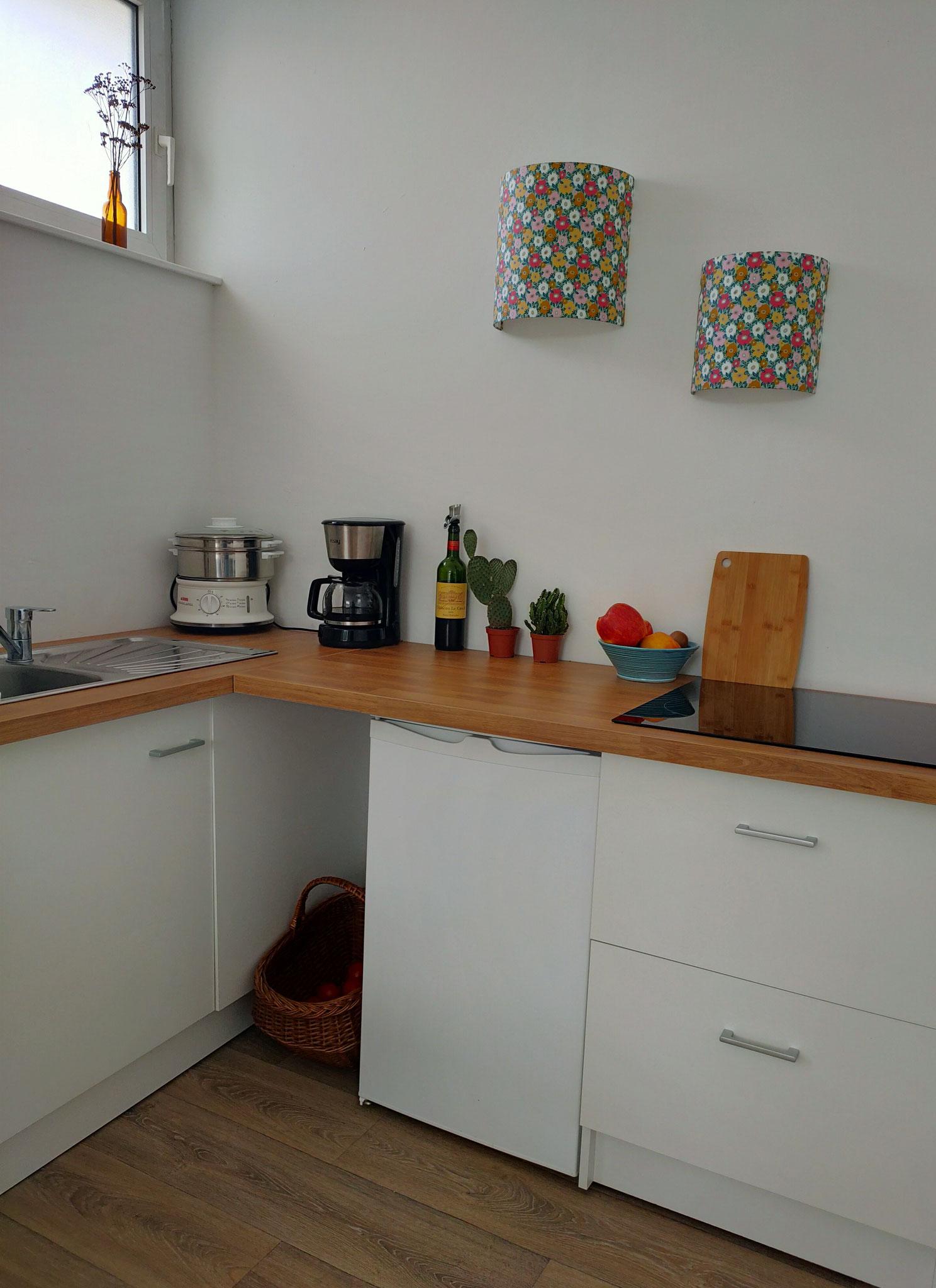 Applique murale en tissu enduit dans une cuisine