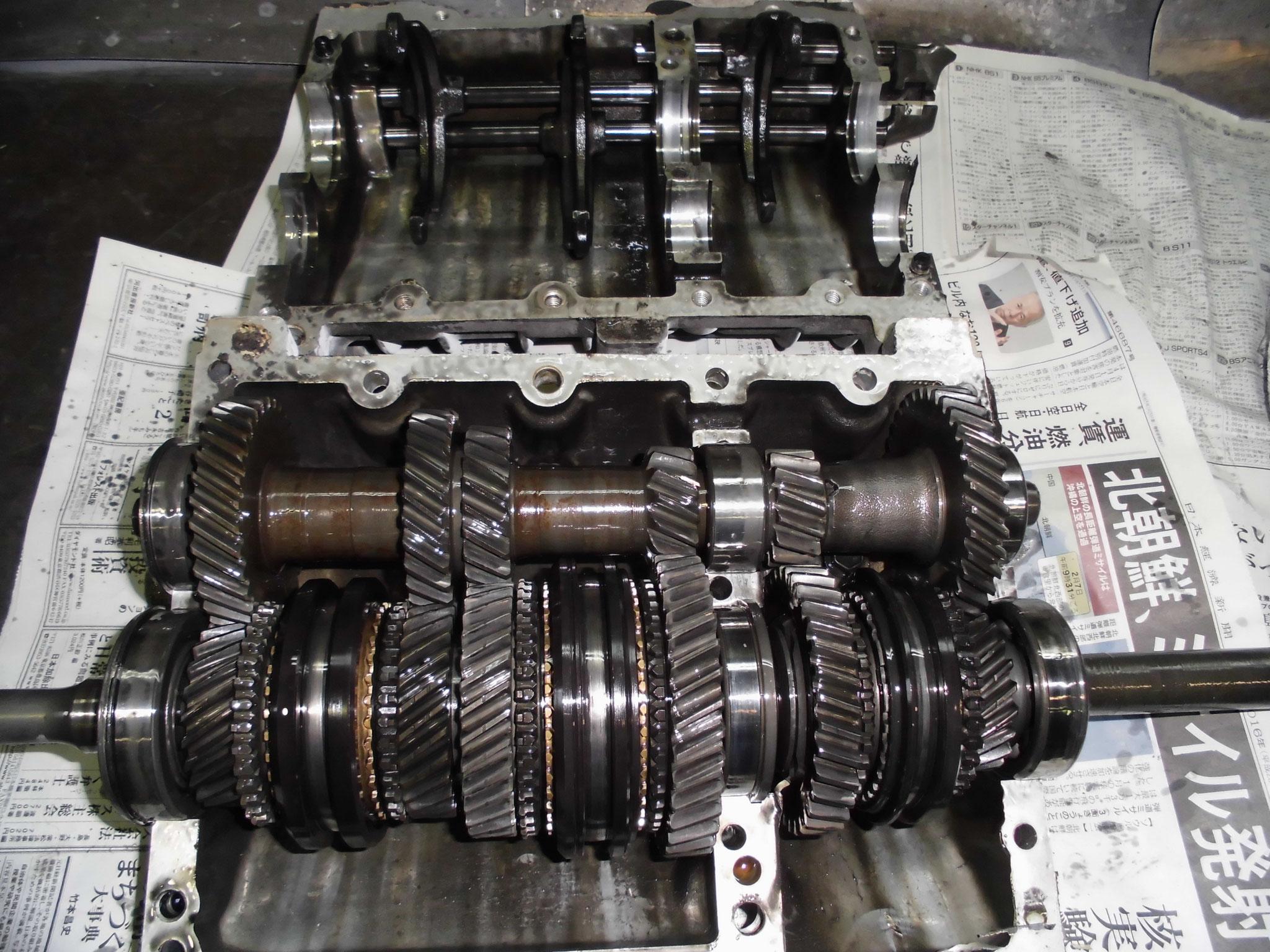 AE86 T50 ミッションケース分解