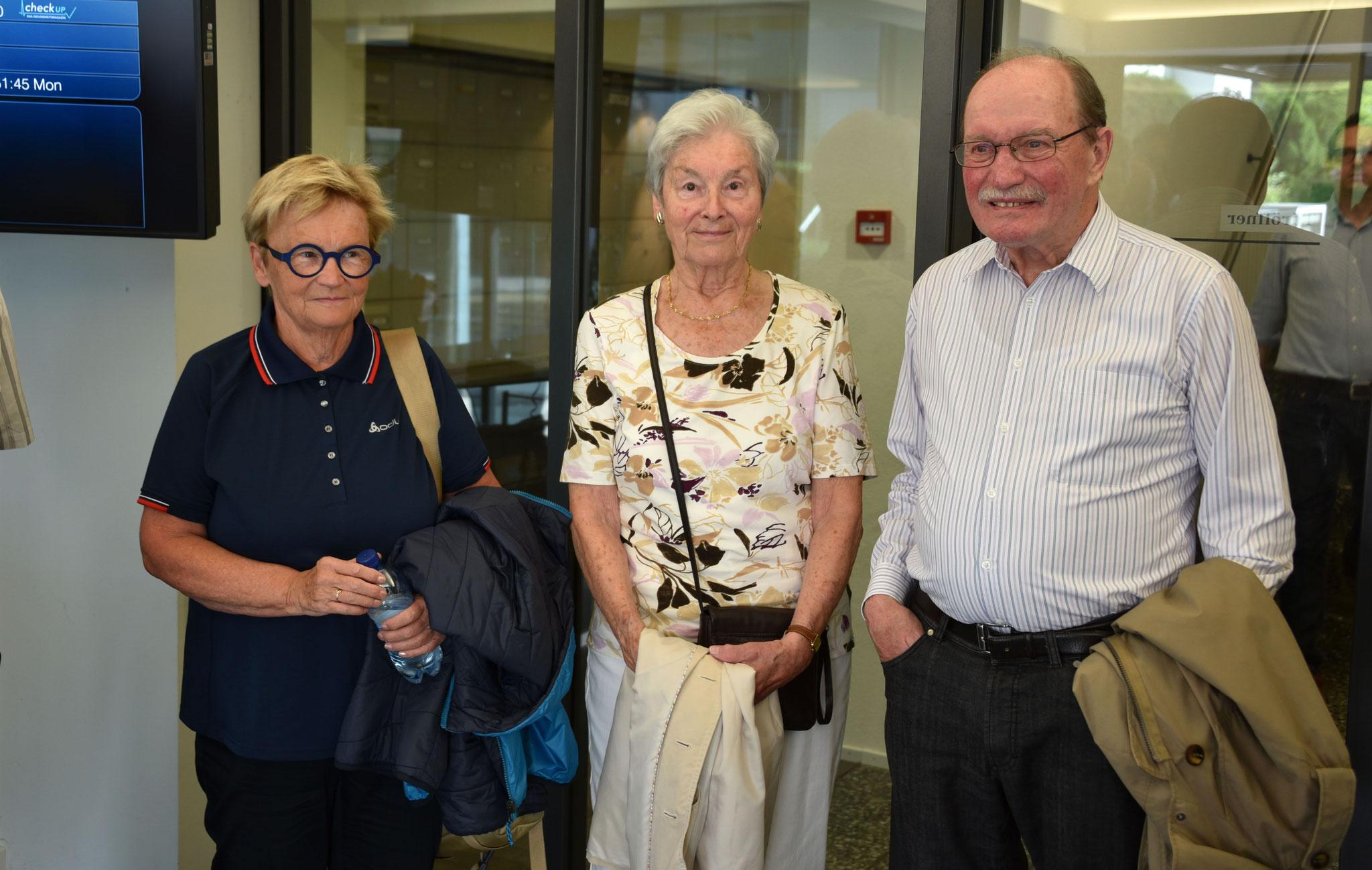 Monika van de Giessen, Sylvia und Beat Müller.
