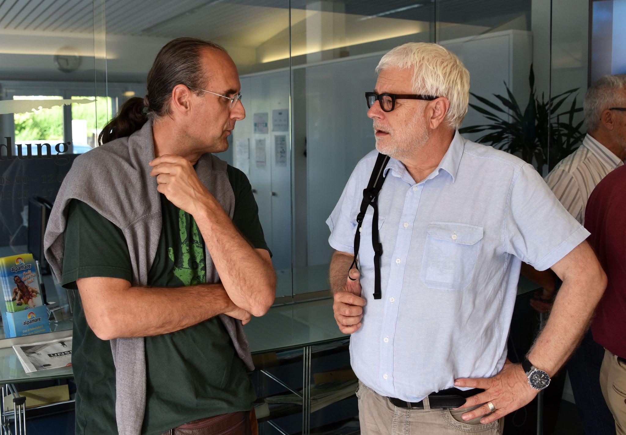 Thomas Vaszary und Korrespondenten-Legende Peter Gysling im Gespräch.