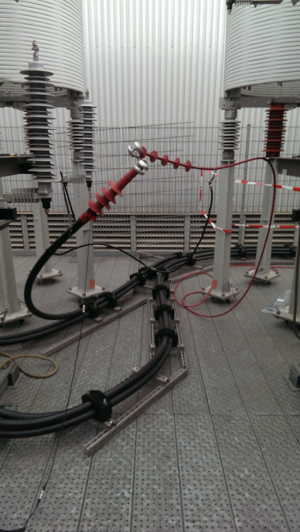 Alterungs- bzw. Fehlerdiagnose am 30 kV-VPE-Kabel (ca. 50 m) von 2014