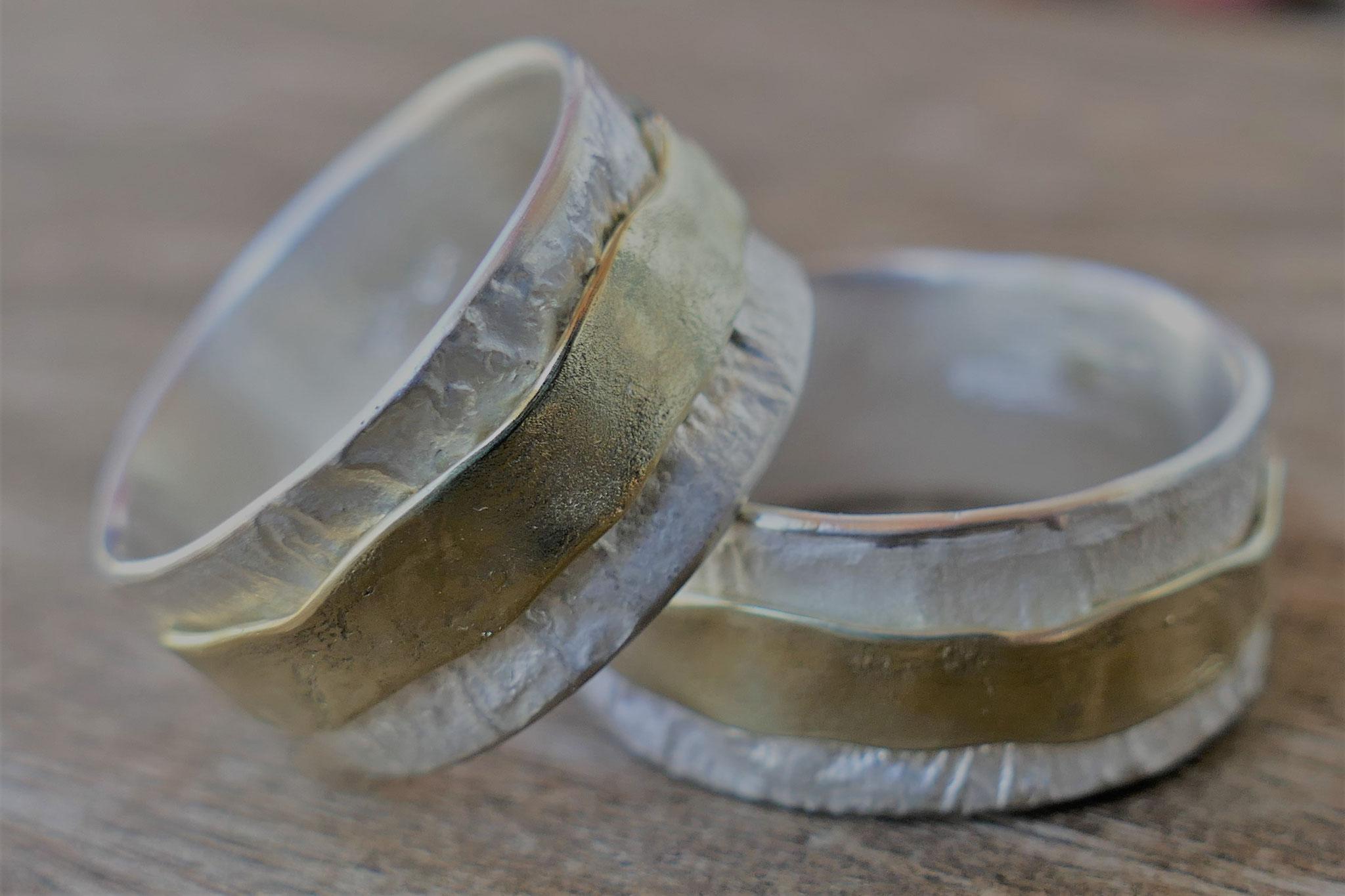 Doppelring breit (Gold und Silber)