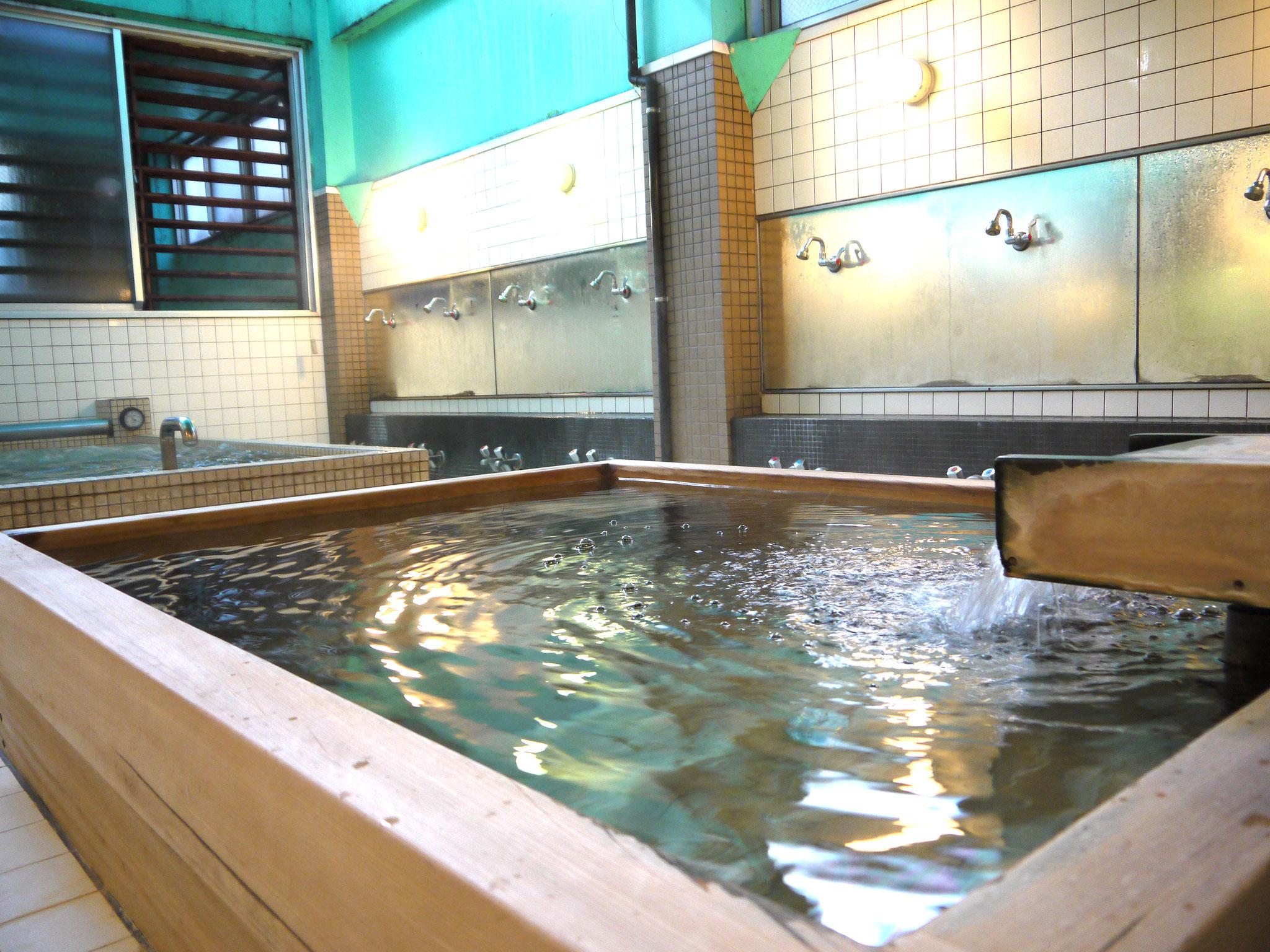 人気の古代檜風呂