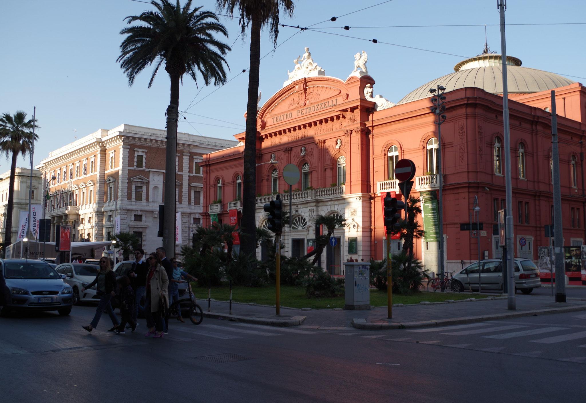 Teatro Petruzelli, Bari