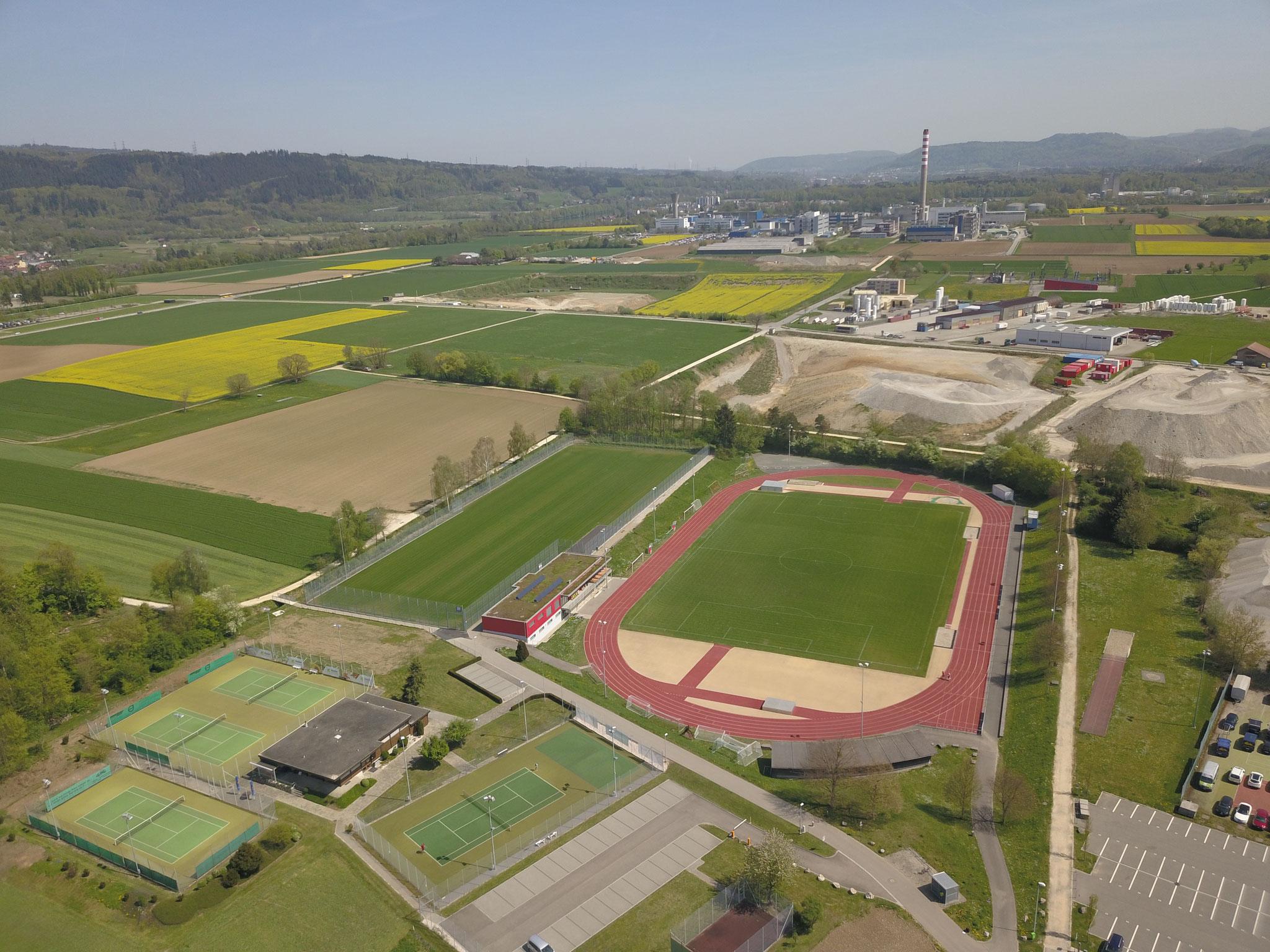 Luftaufnahmen der Sportanlage Bustelbach 04/18