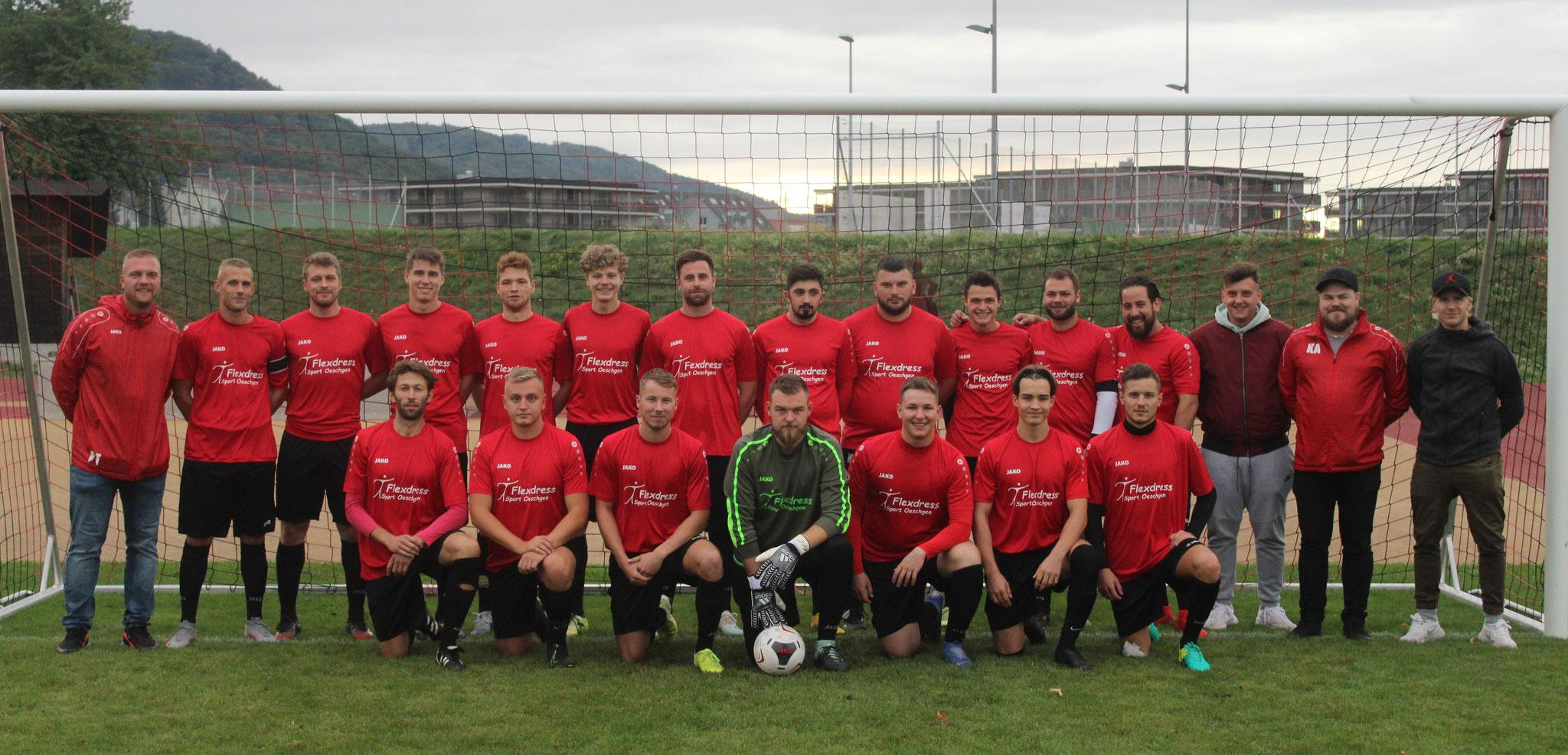 Mannschaftsfoto 1te Mannschaft 3. Liga, mit Heimsponsor Flexdress, Oeschgen Saison 2020/2021