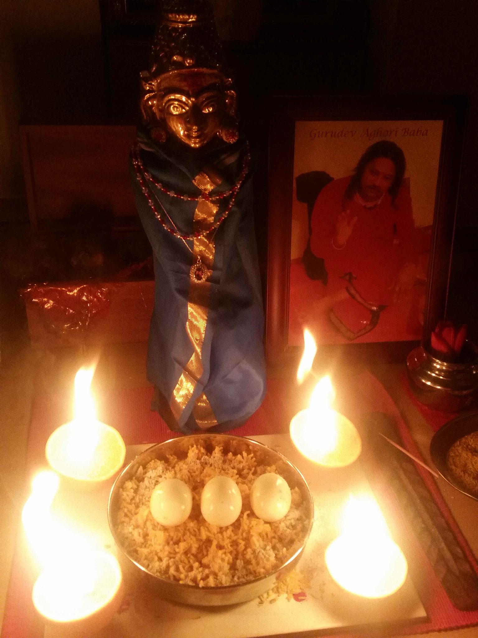 Invoke of Divine Mother (Sakthi)- Ritual zur Anrufung der Göttlichen Mutter - Sakthi mit Shankari Ma