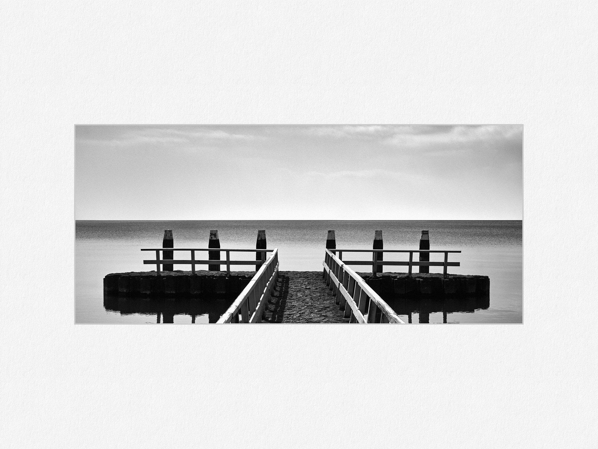 IJsselmeer, Breezanddijk, 2016 [No.1] – © Oliver G. Miller