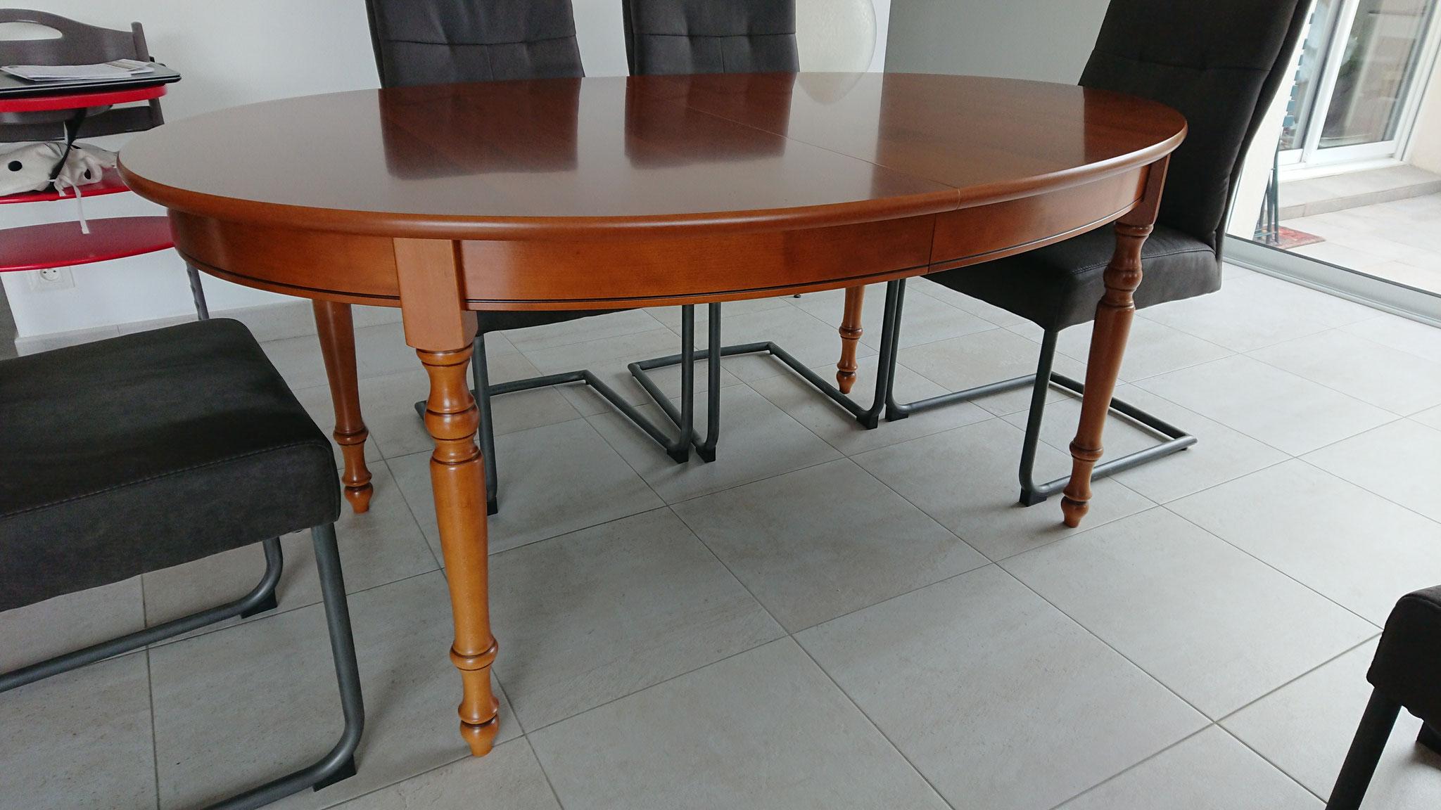 #Avant table style Louis Philippe imitation merisier (contreplaqué)