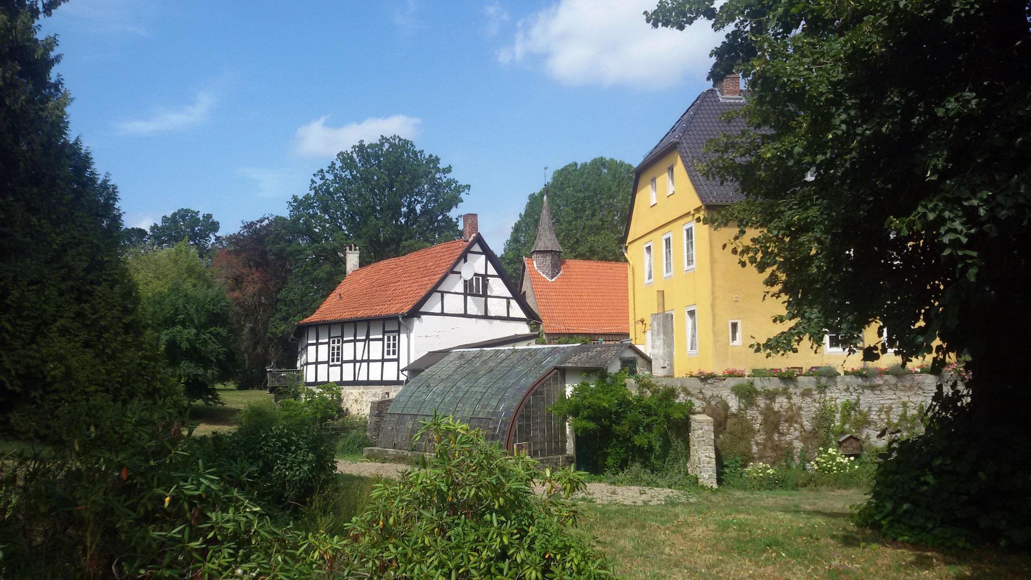 Schloss Iggenhausen mit Gewächshaus aus der Zeit um 1860