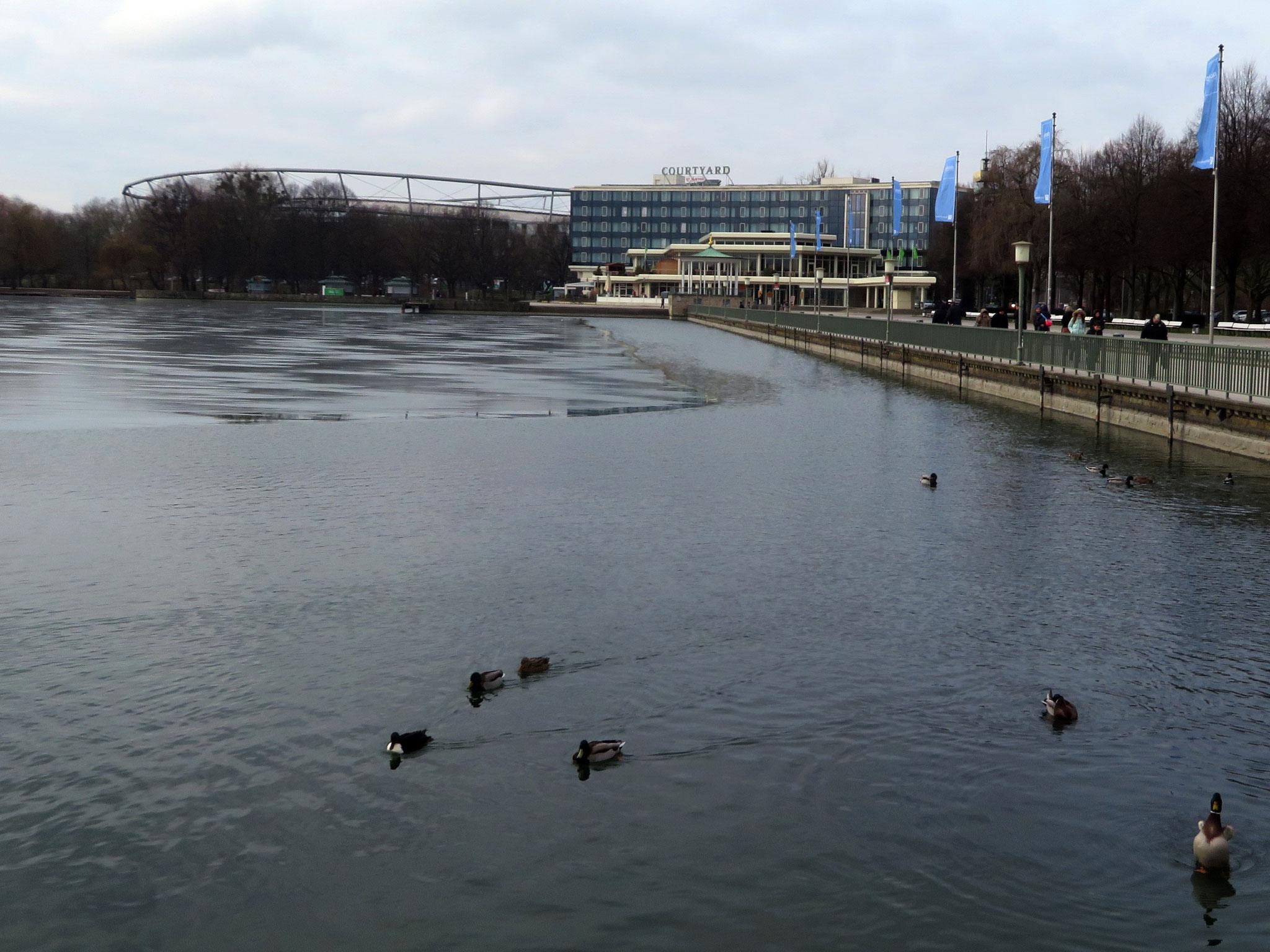 Nordpromenade am Maschsee
