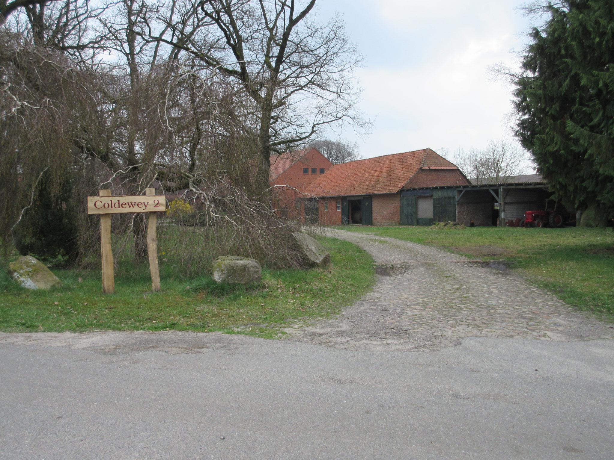 Hofeinfahrt Reiterhof Coldewey 2