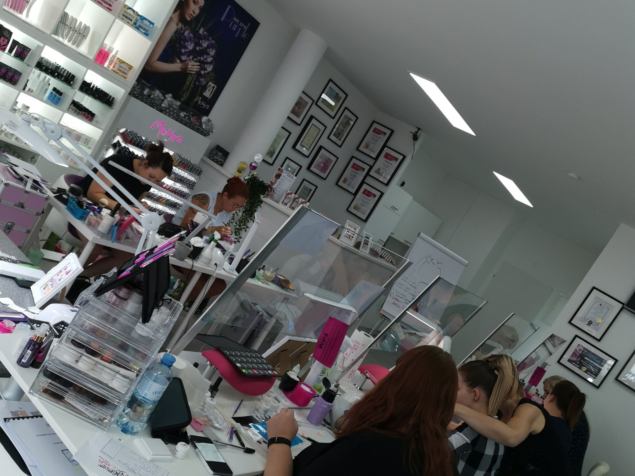 Nageldesign Power Weekend Schulung in der NailsAcademy