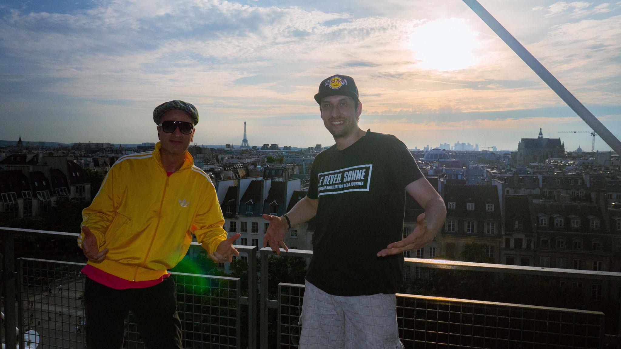 """Patrick & Toni-L beim Musikvideodreh zum Song """"Keine Jukebox"""" 2019 (Paris, Frankreich)"""