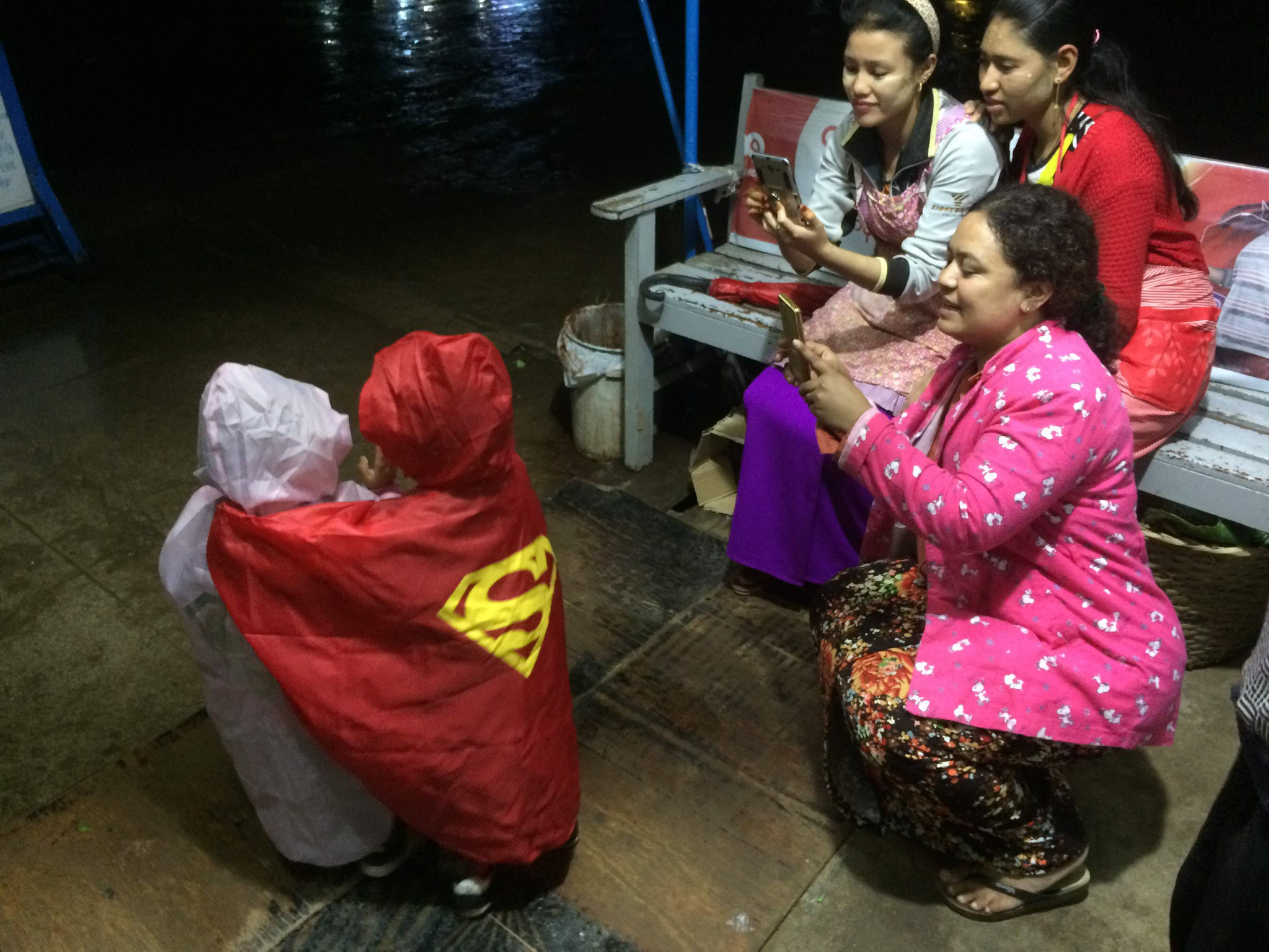Fotoshooting mit Supergirl und Superman! ;-)