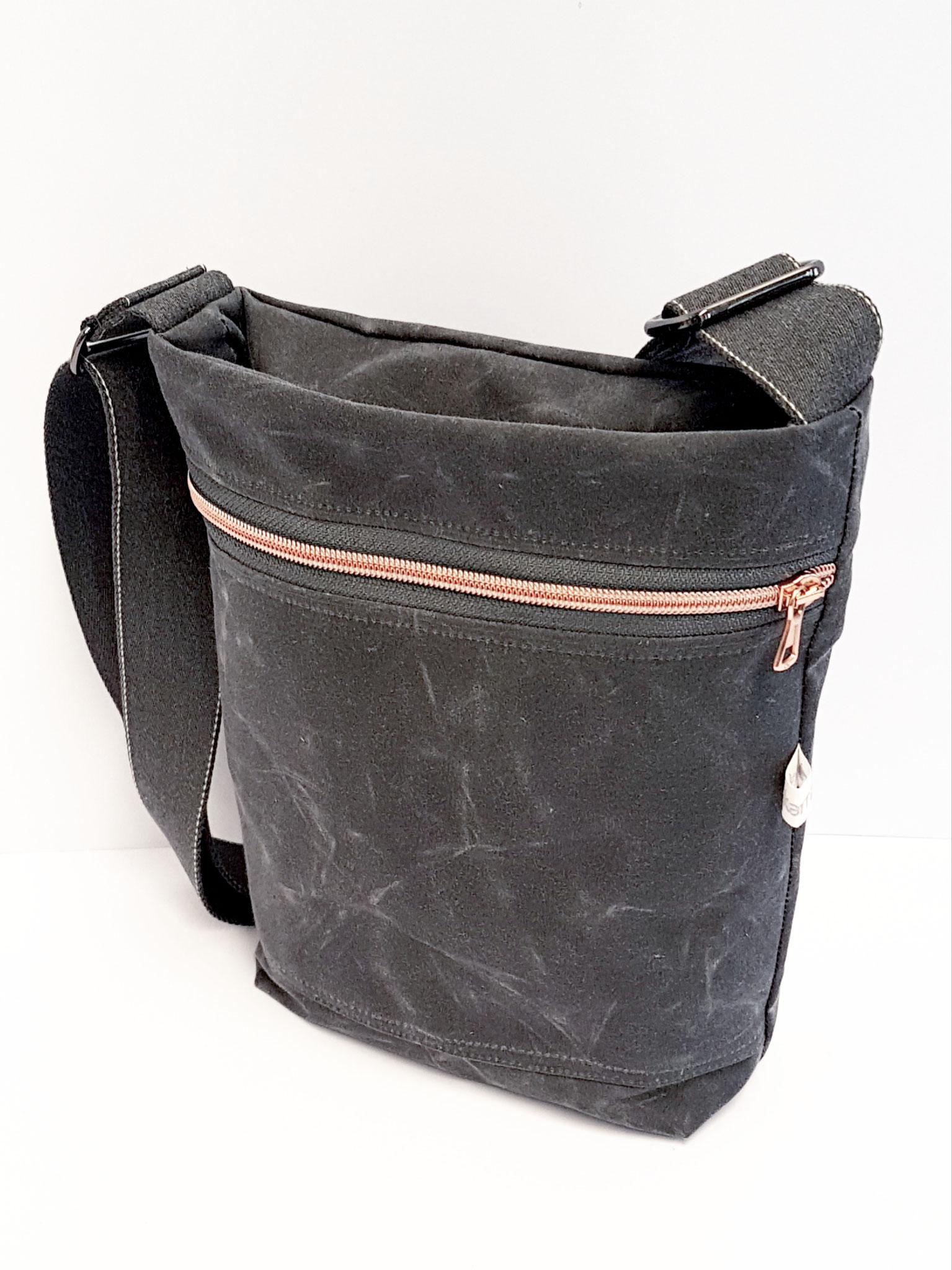Tasche klein Oilskin grau, verkauft