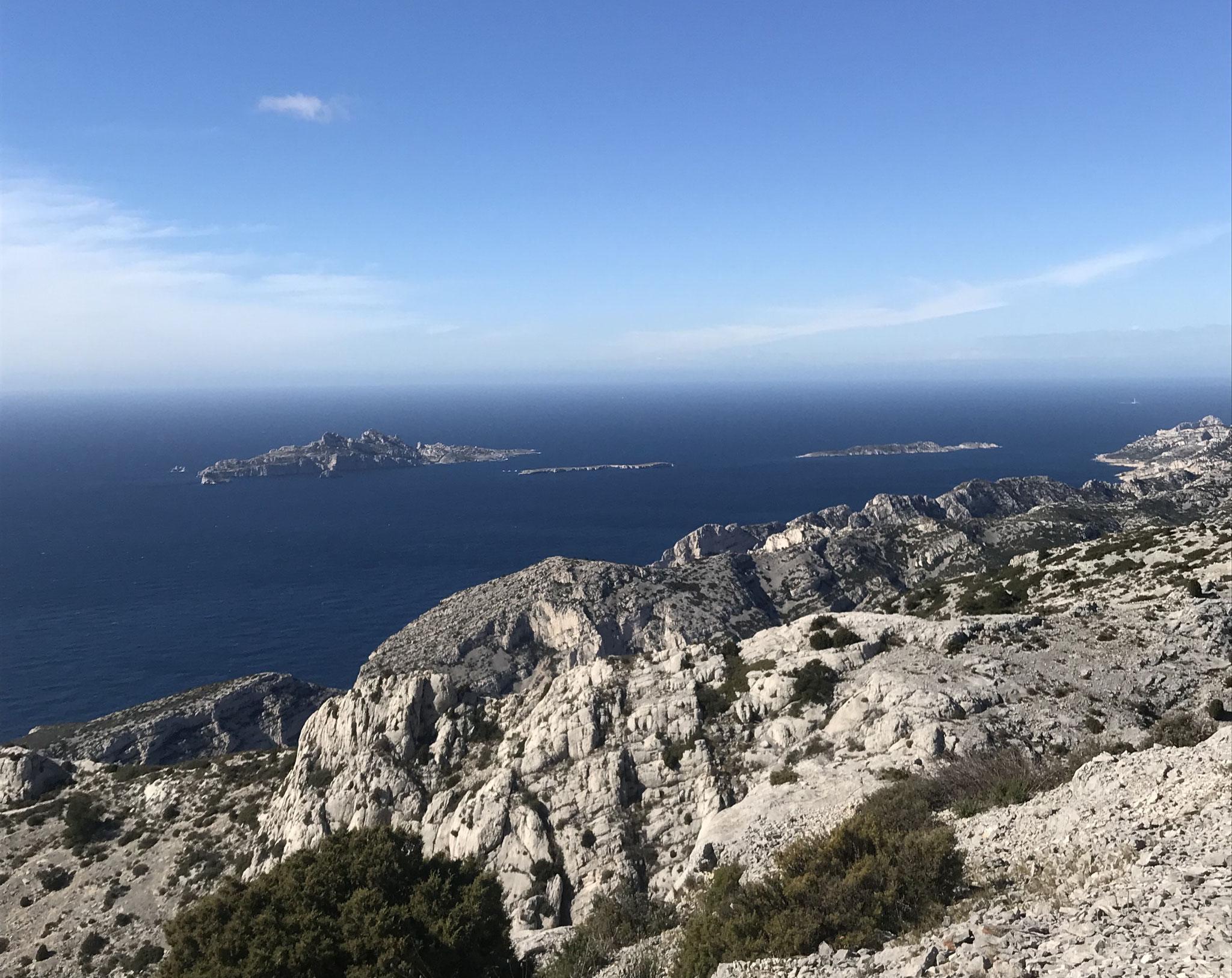 Ile Riou vue d'en dessous le Cap Gros