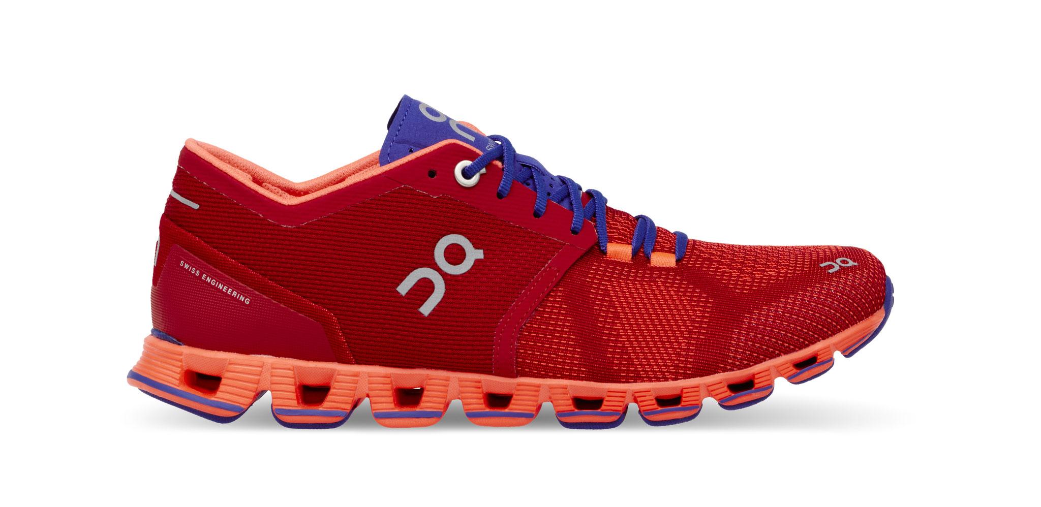 On Cloud X - der leichteste, voll gedämpfte Laufschuh der Welt ist dein perfekter Partner für Running Remixed.