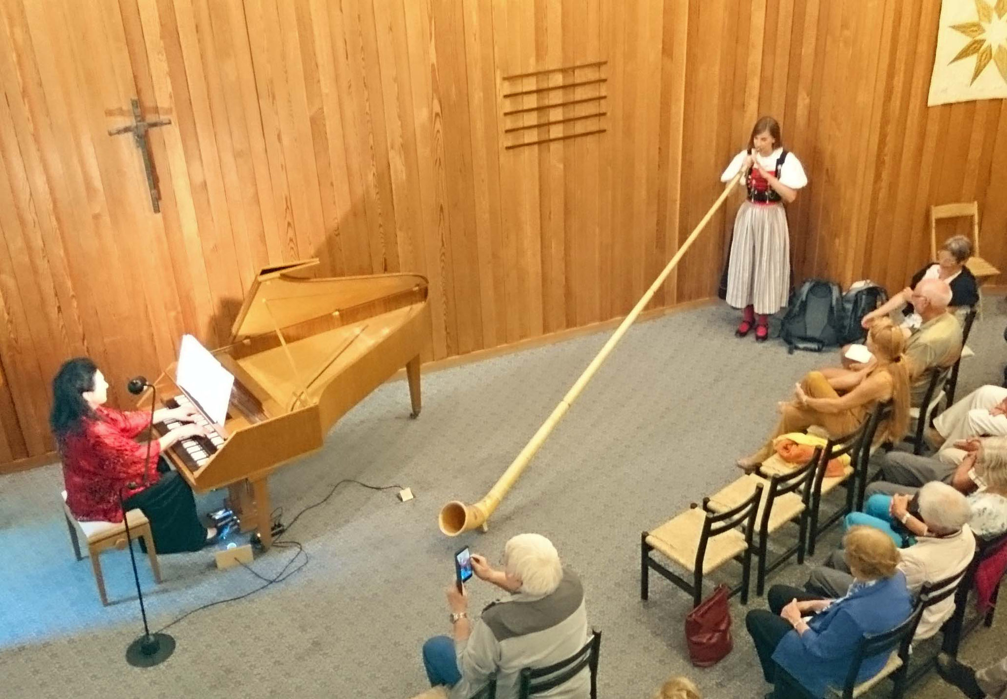 2017 Lisa Stoll, Alphorn und Renate Steiner, Cembalo/Orgel